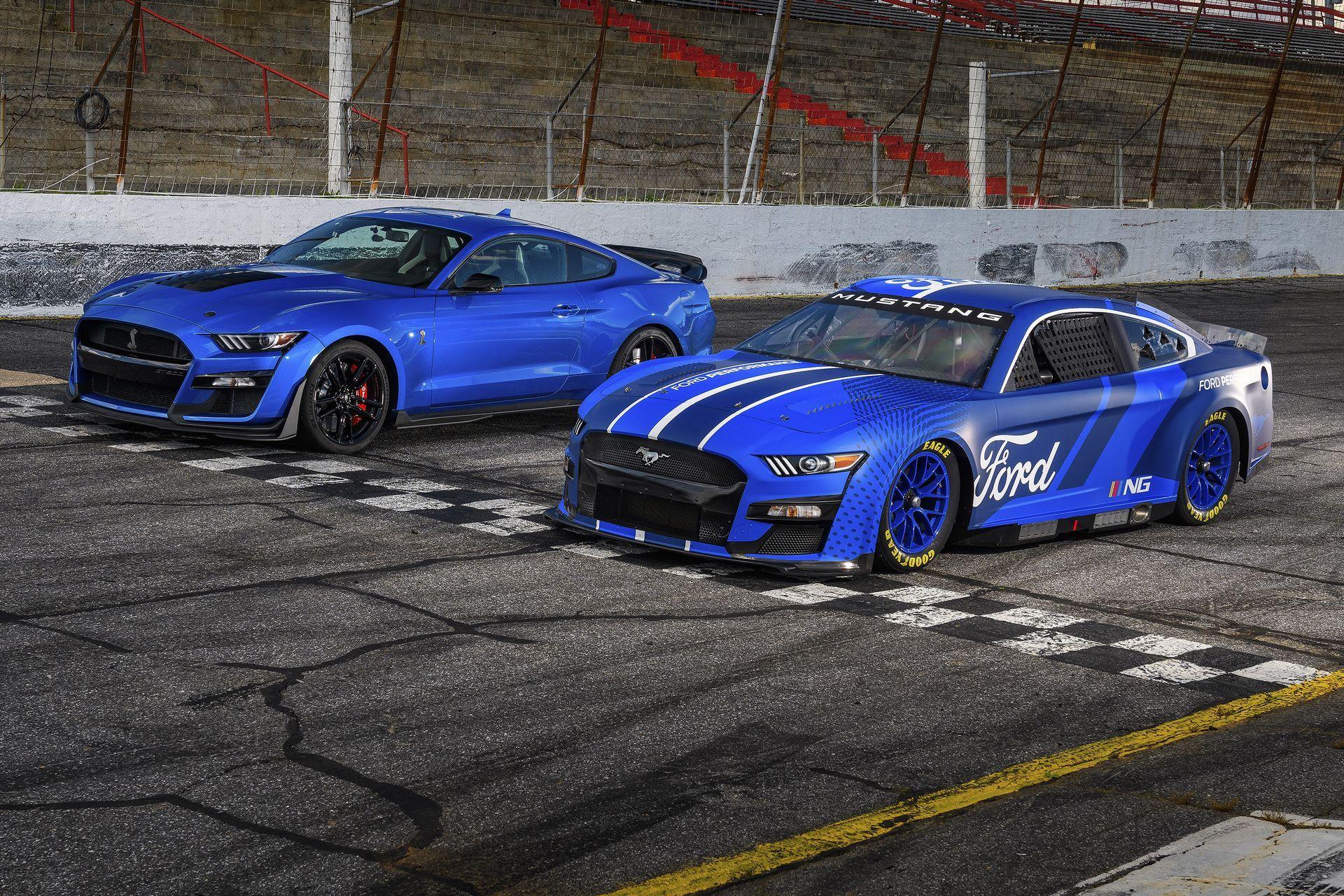 Ford-Mustang-Next-Gen-Nascar-11