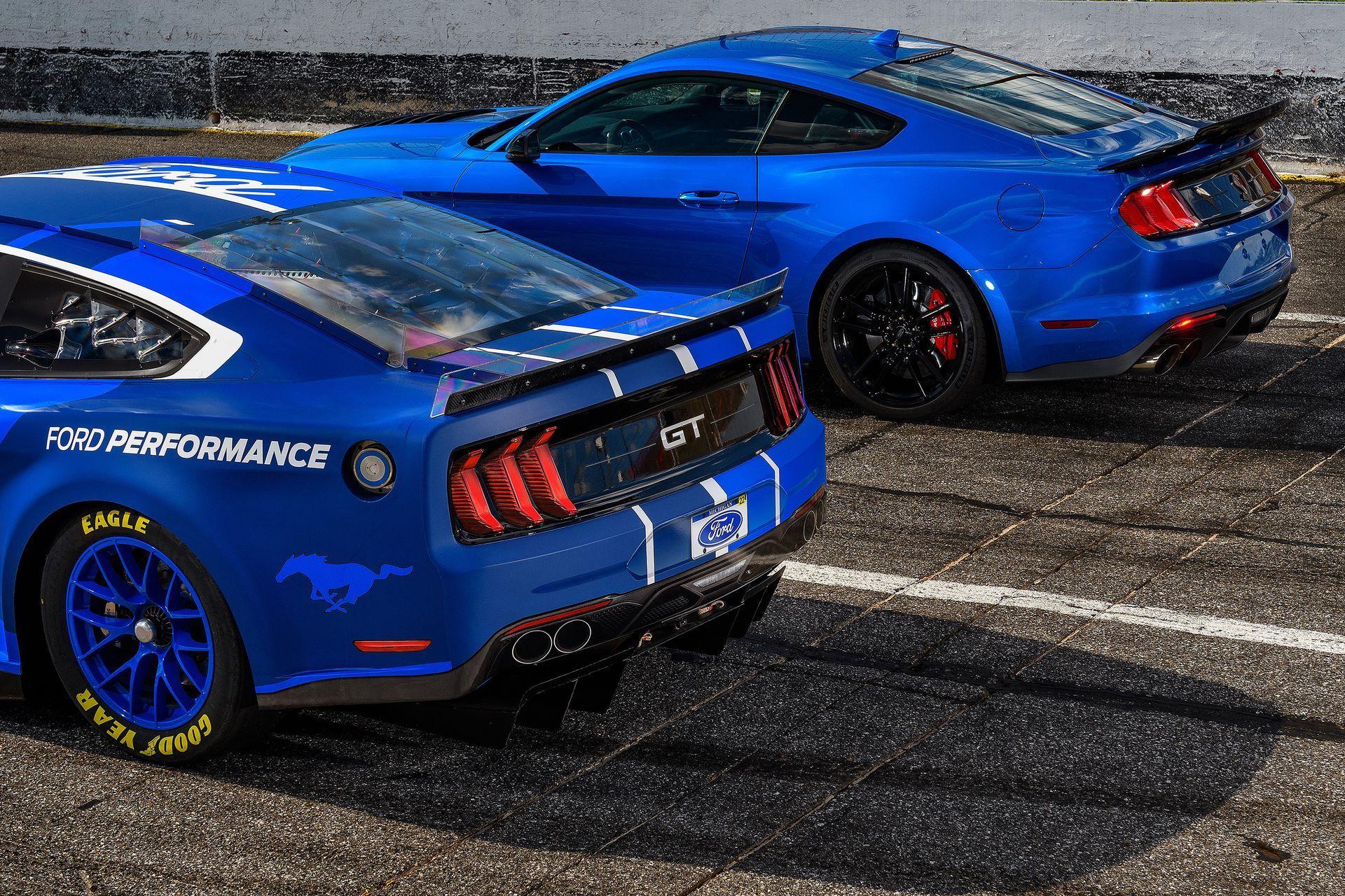 Ford-Mustang-Next-Gen-Nascar-12