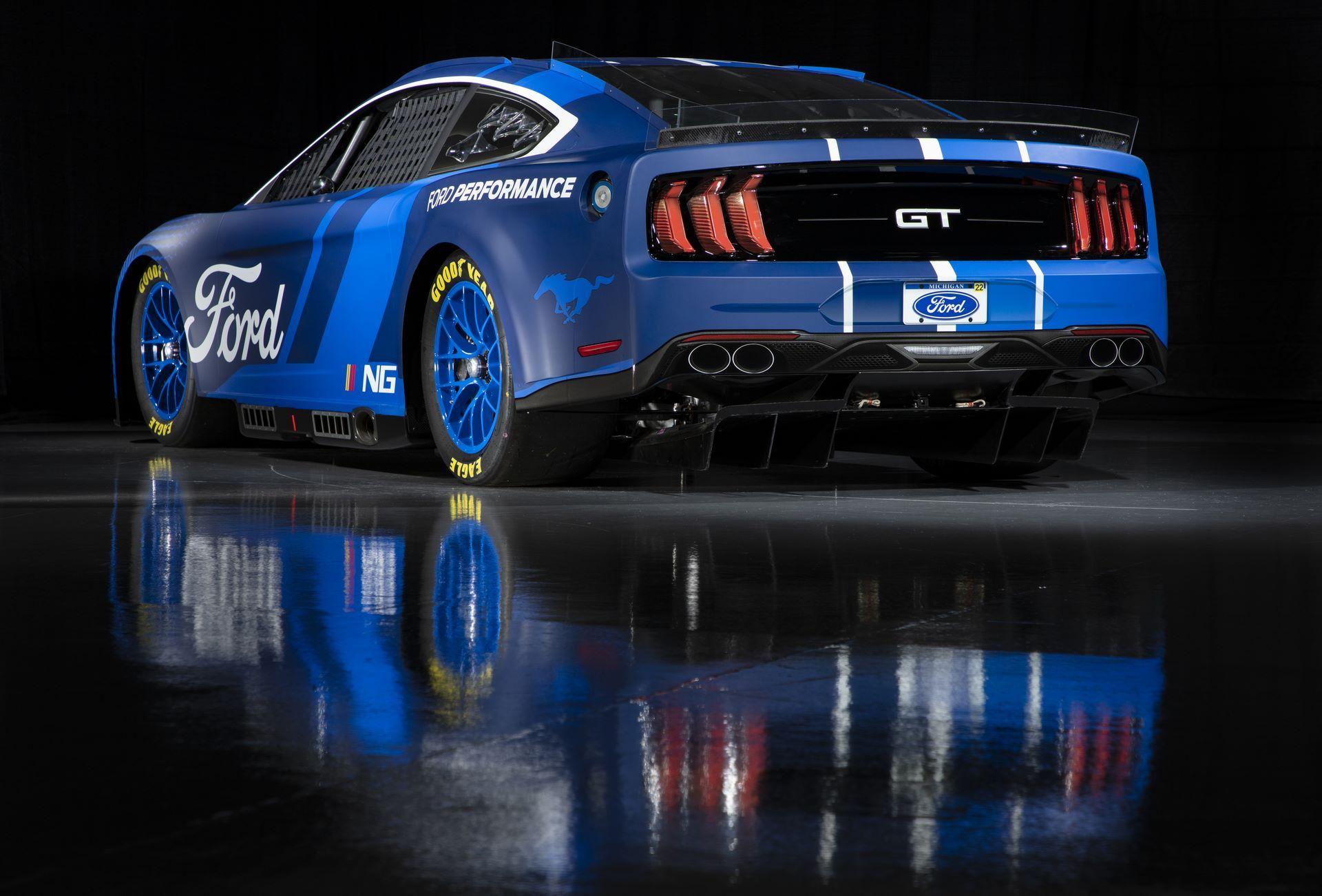 Ford-Mustang-Next-Gen-Nascar-19