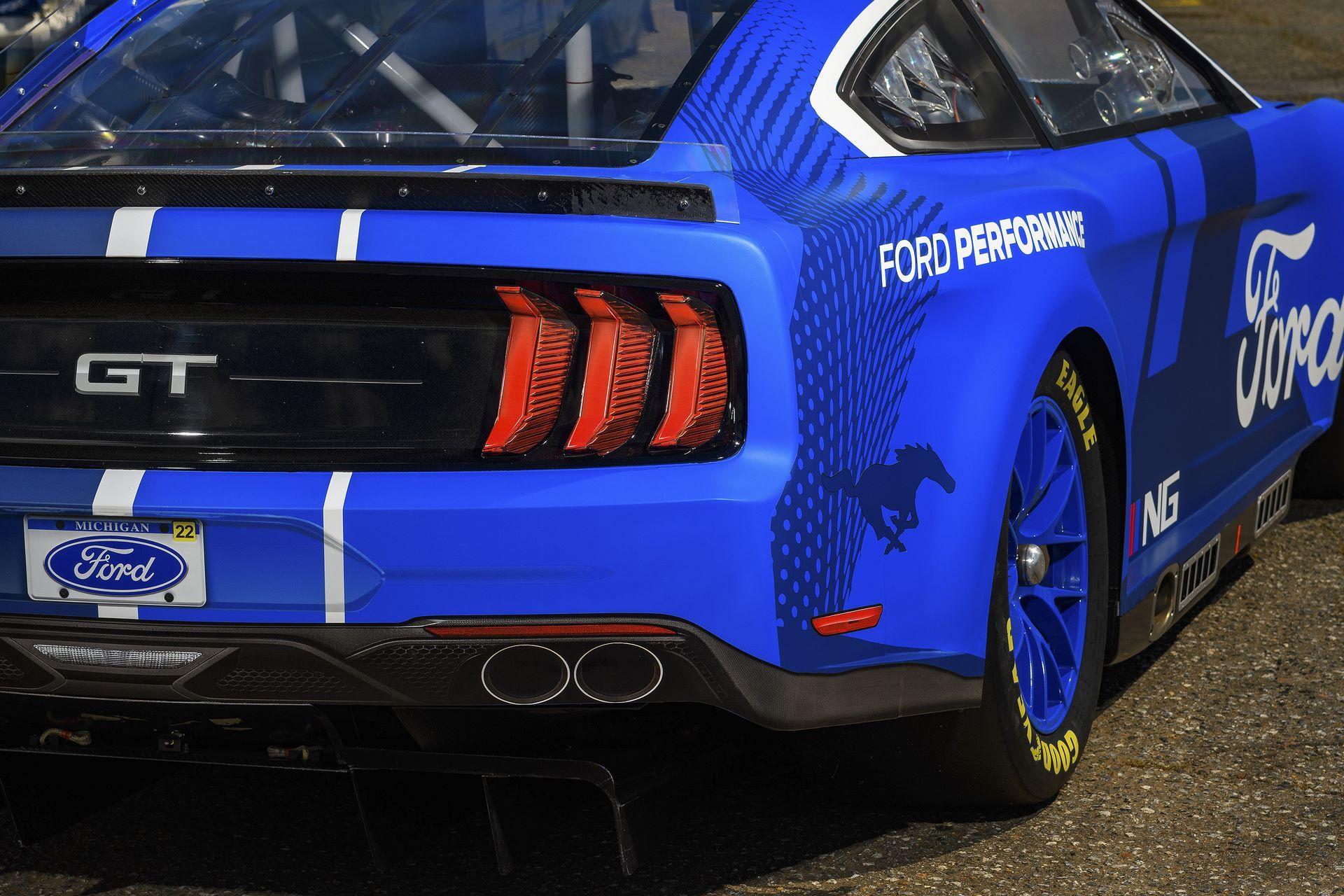 Ford-Mustang-Next-Gen-Nascar-5