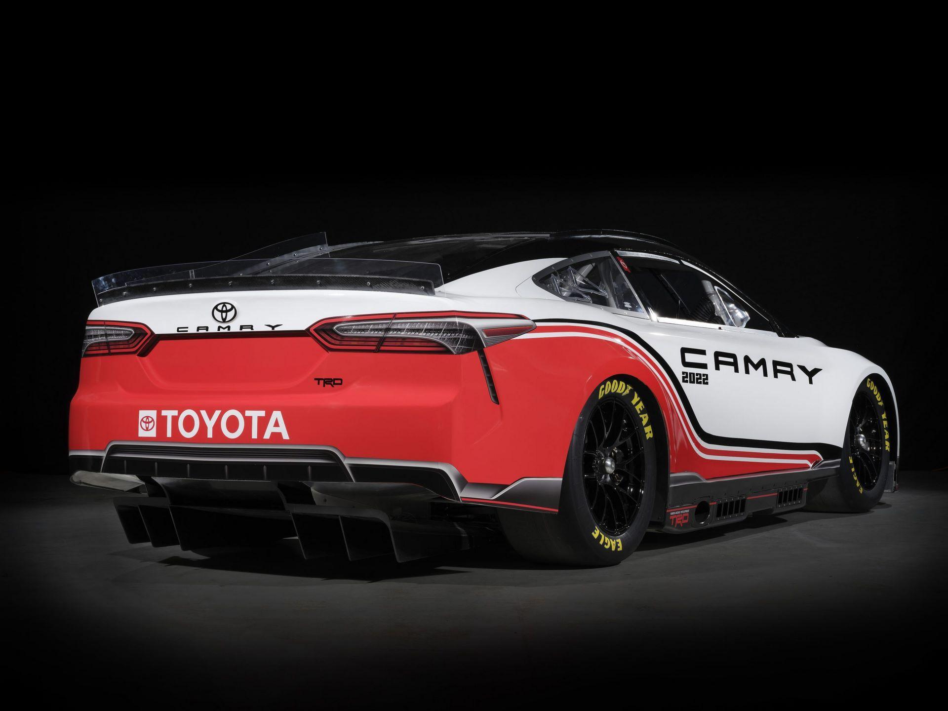 Toyota-TRD-Camry-Next-Gen-Nascar-7