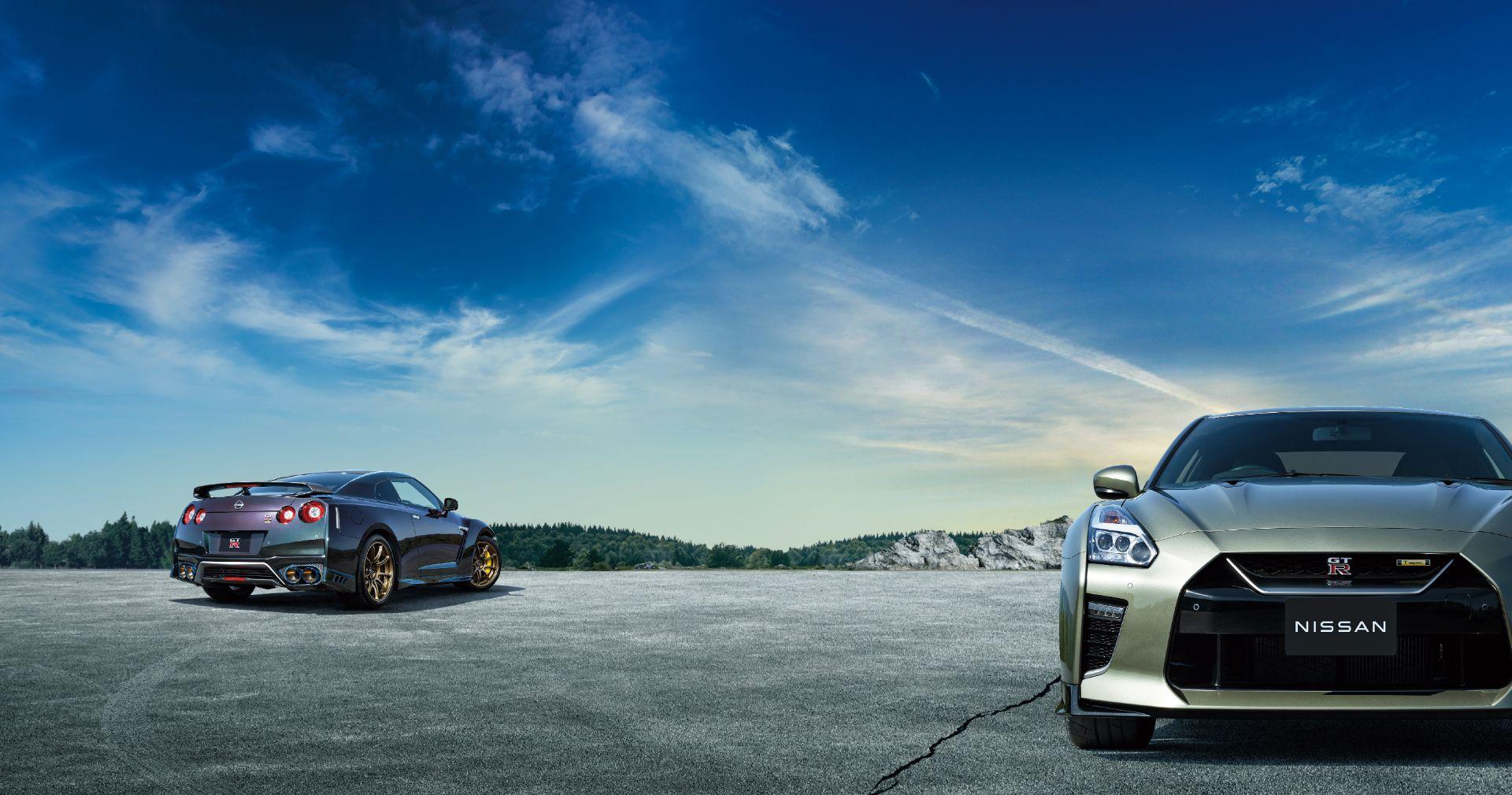 Nissan-GT-R-2021-4