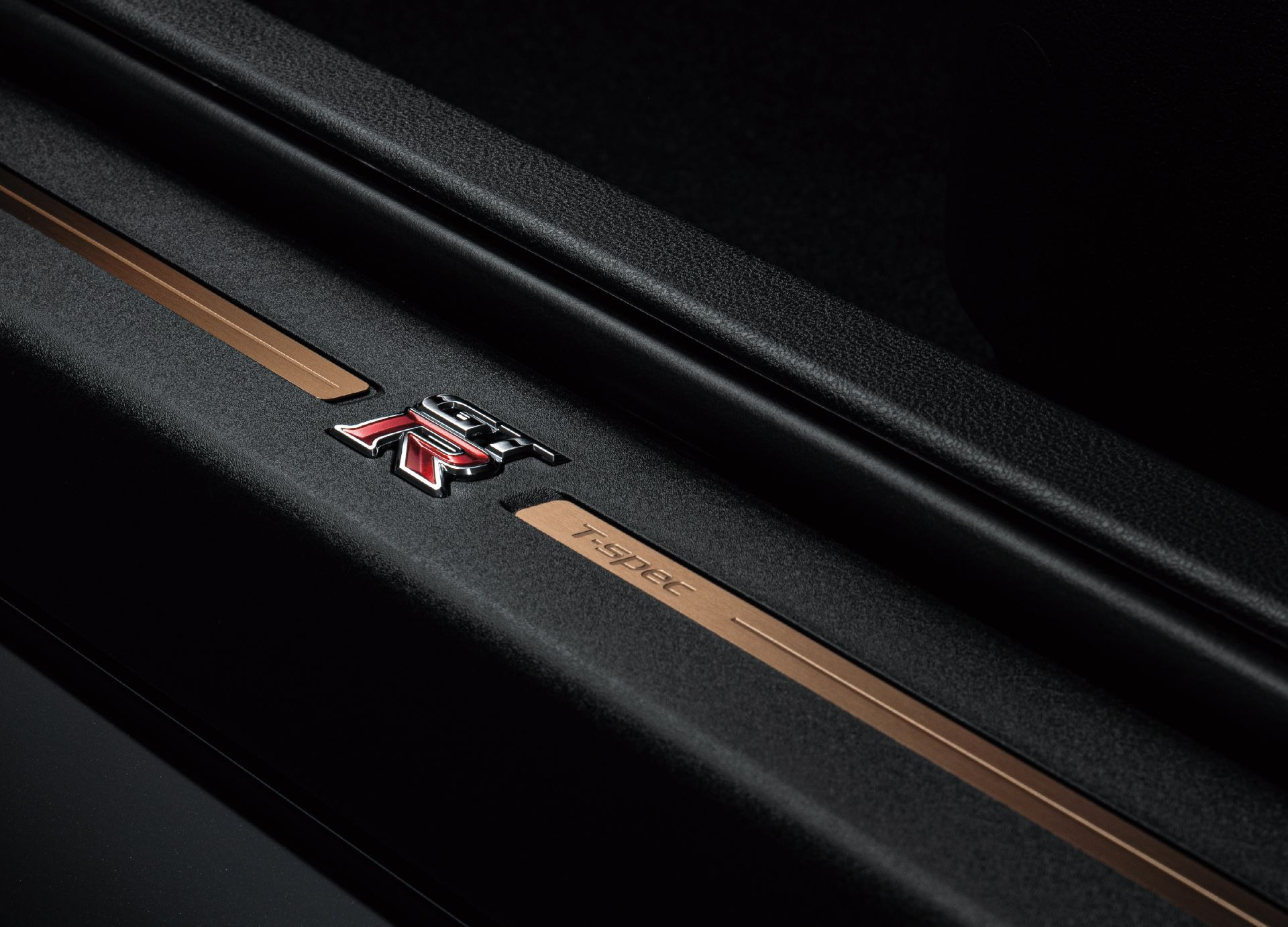 Nissan-GT-R-2021-41