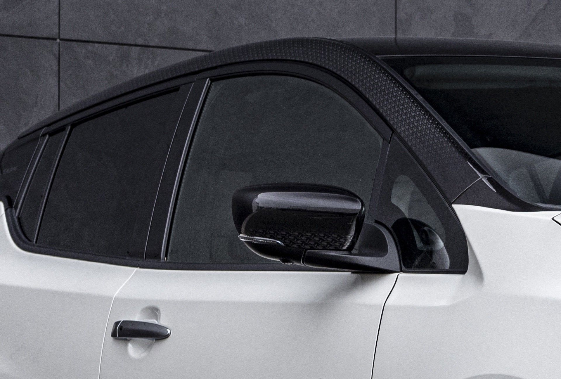 Nissan_Leaf10_special_edition-0005