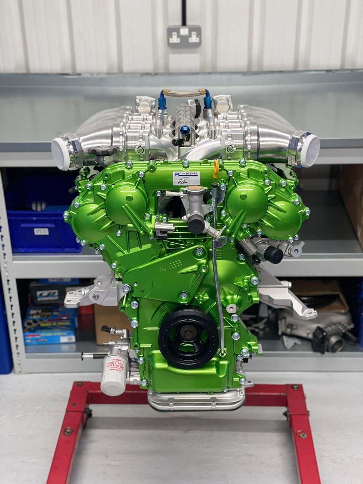 Nissan_Navara-R_engine-0000