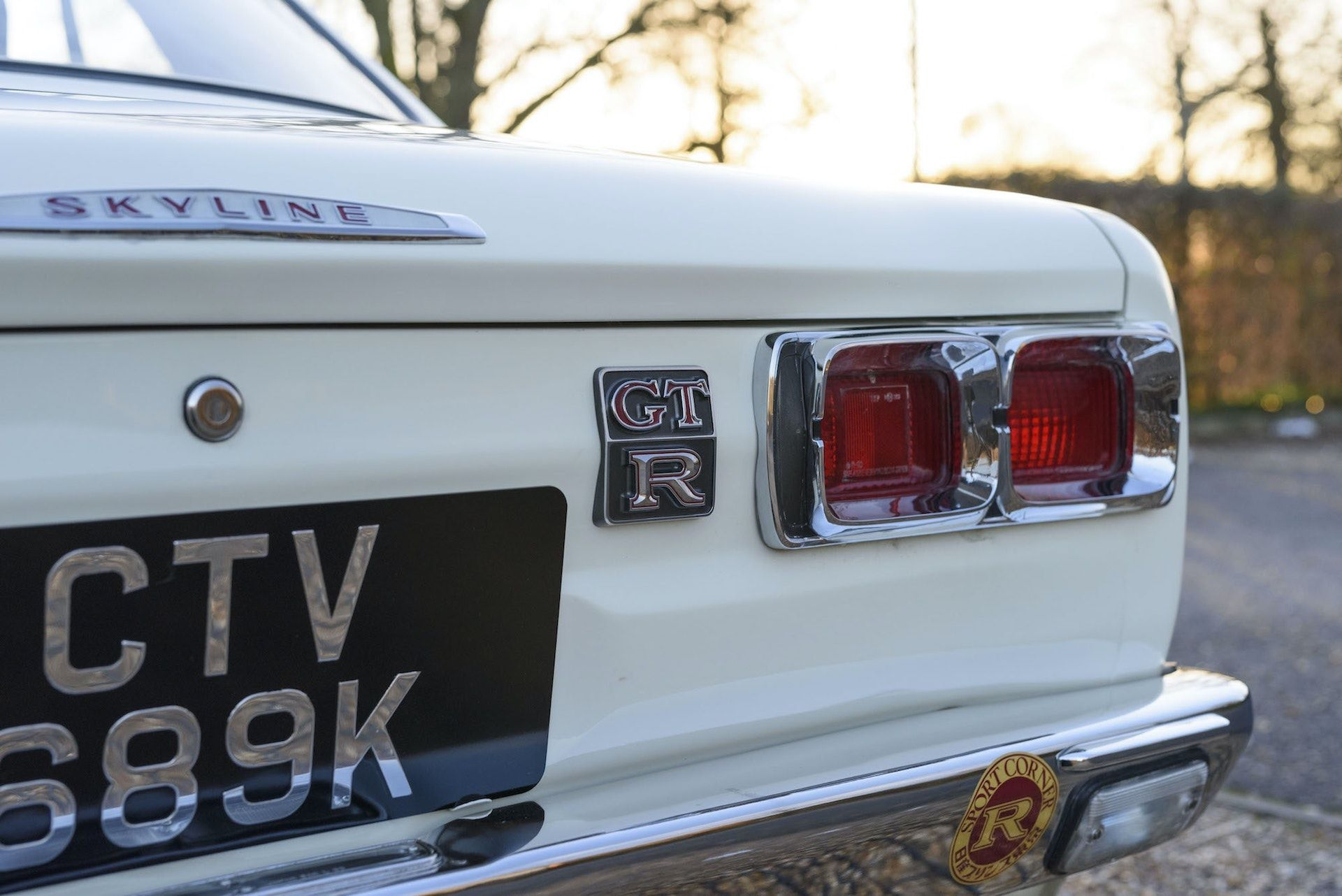 Nissan-Skyline-R32-GT-R-Hakosuka-16
