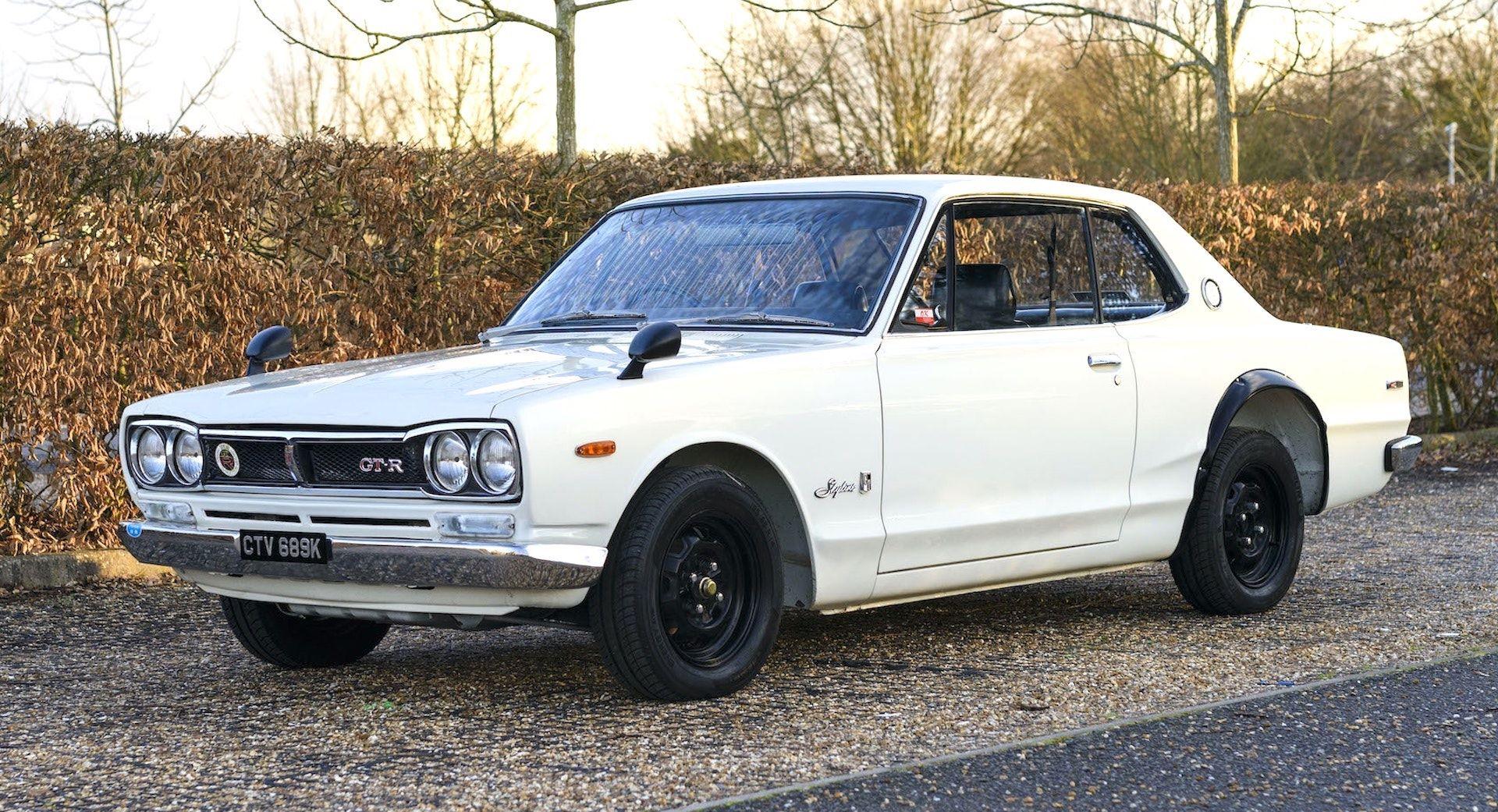 Nissan-Skyline-R32-GT-R-Hakosuka-2