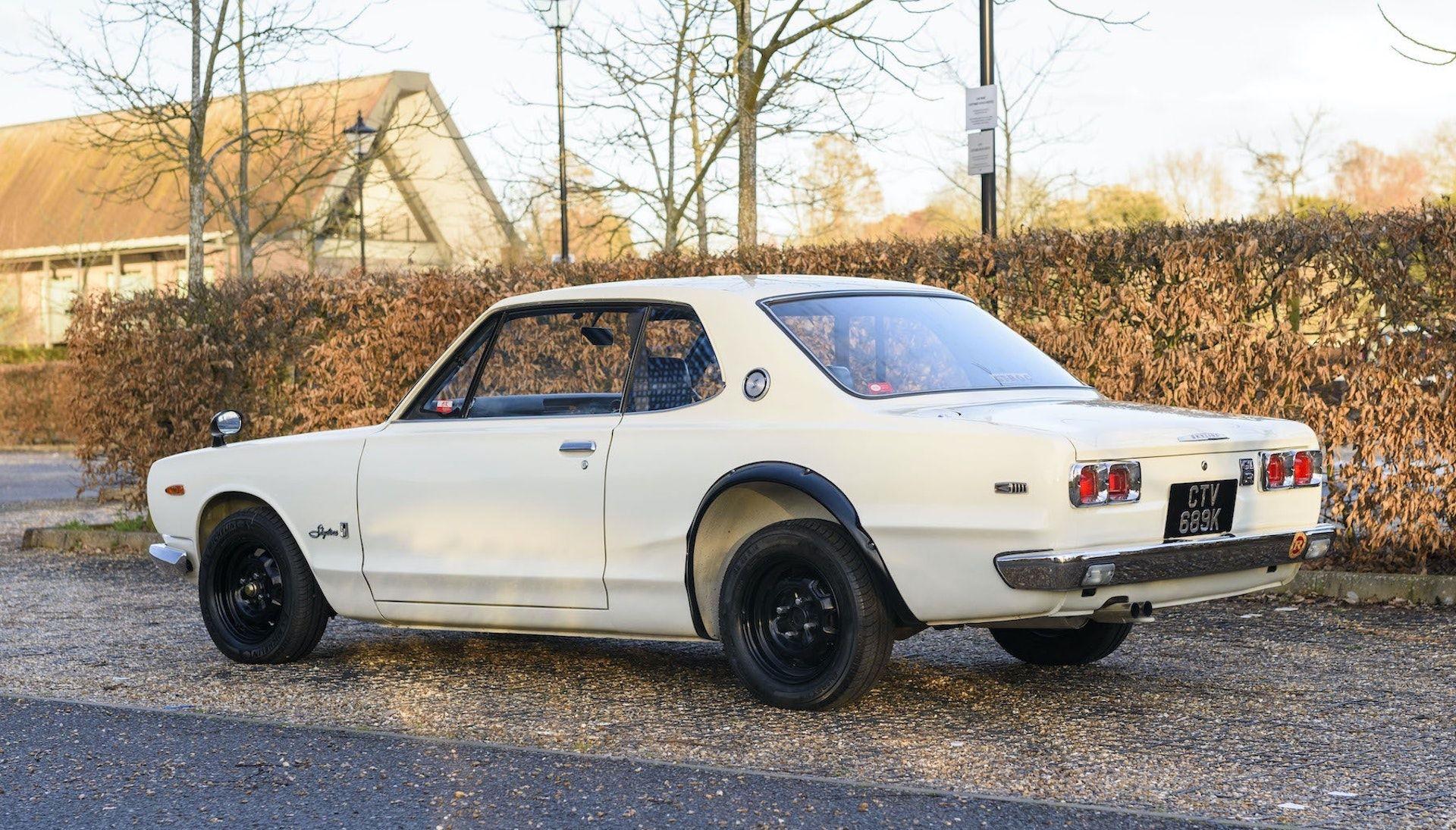 Nissan-Skyline-R32-GT-R-Hakosuka-4