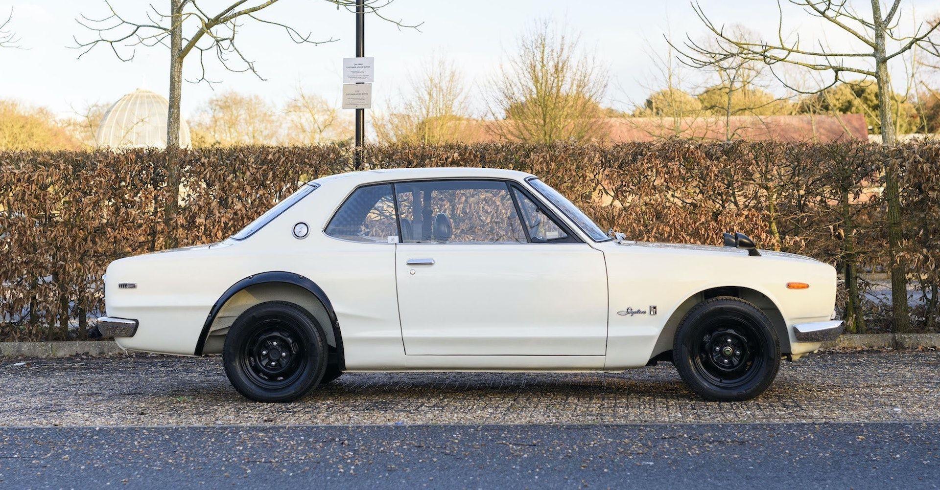 Nissan-Skyline-R32-GT-R-Hakosuka-7