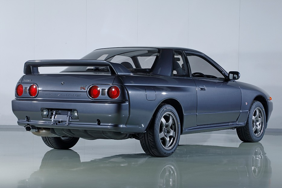Nissan-Skyline-R32-GT-R-Nismo-restored-3