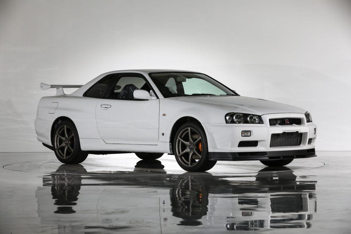 Nissan-Skyline-R34-V-Spec-II-Nur-auction-1