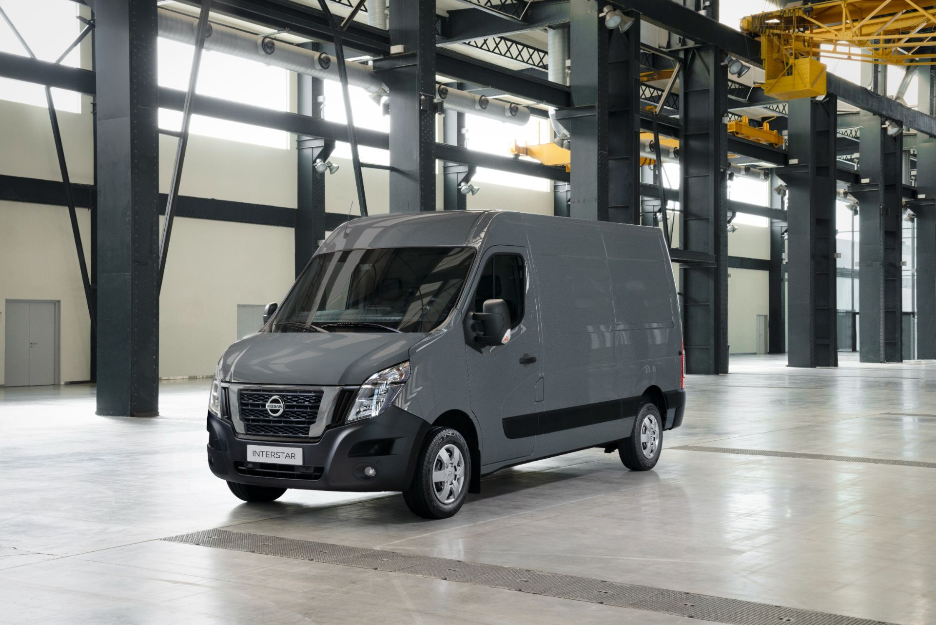 2022-Nissan-Interstar-Van-1