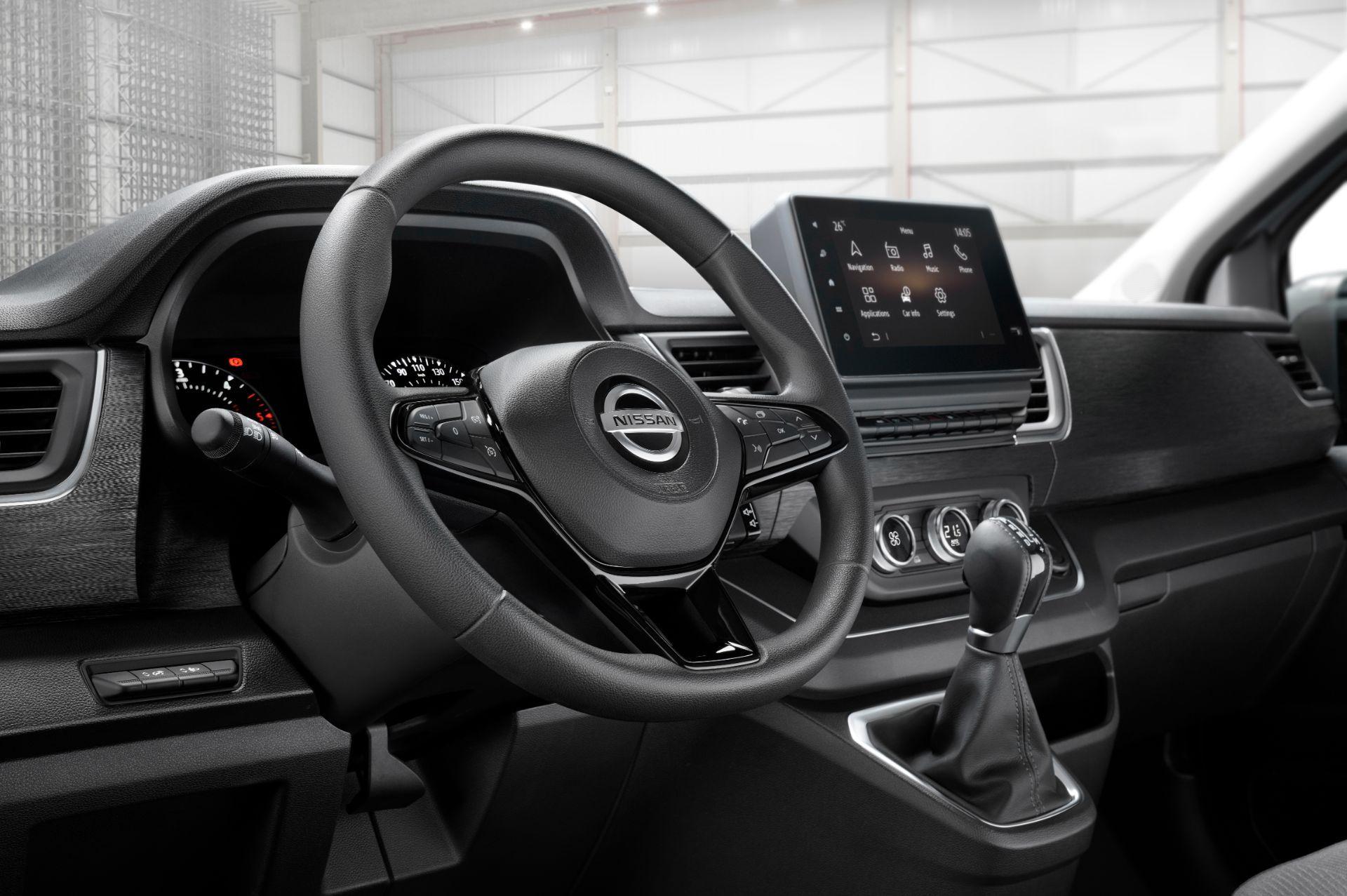 2022-Nissan-Primastar-Van-13