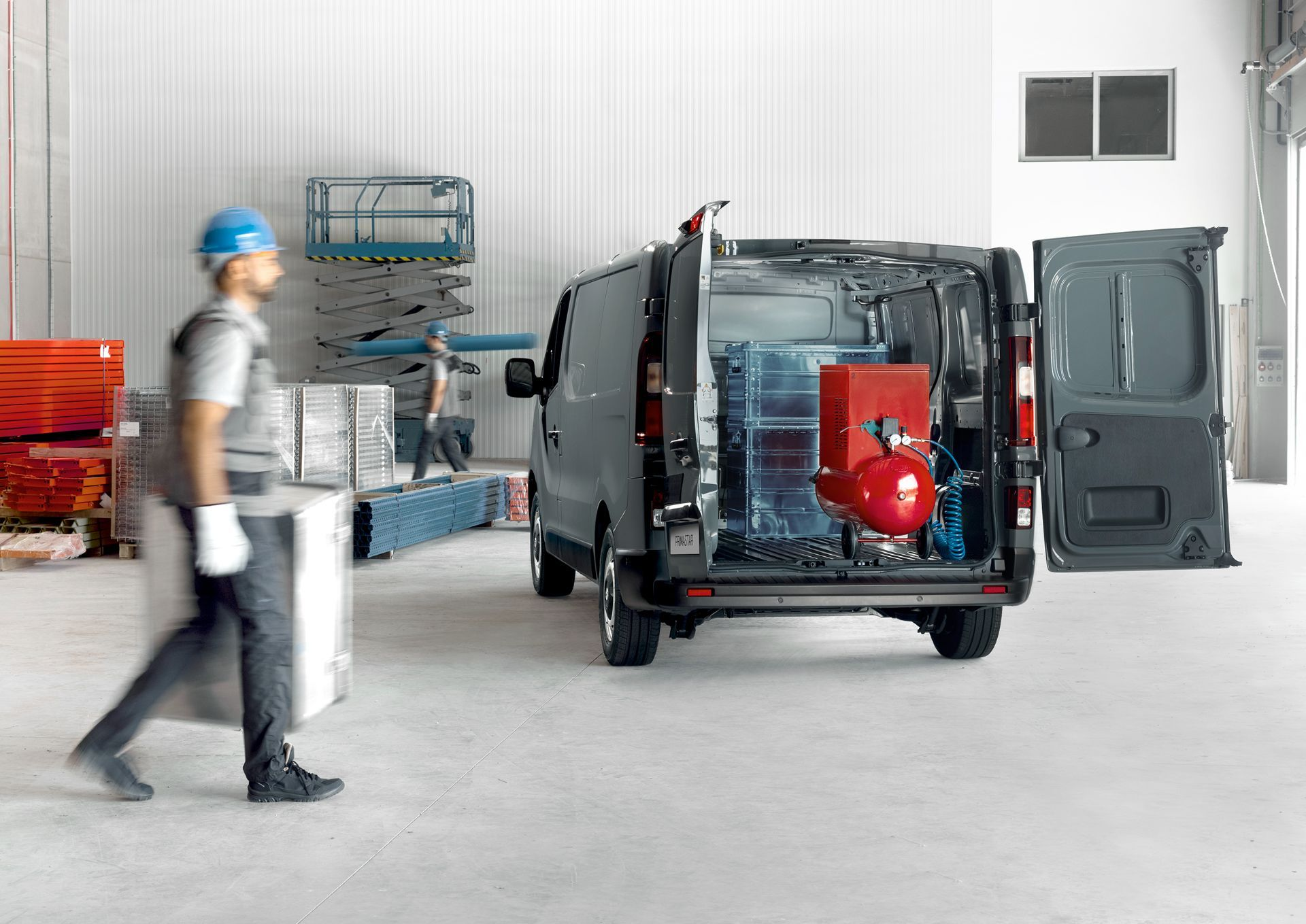 2022-Nissan-Primastar-Van-7-1