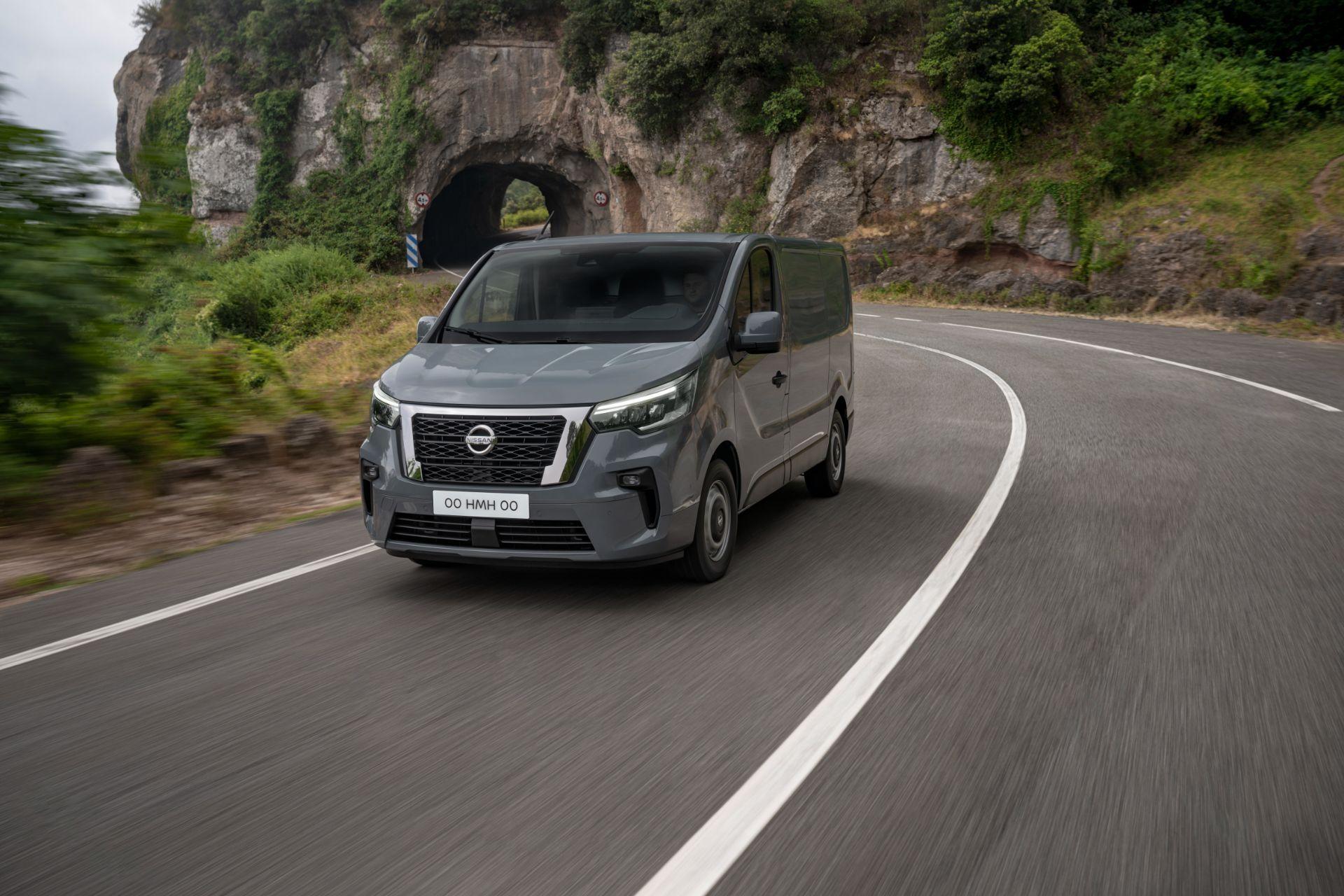 2022-Nissan-Primastar-van-2-1