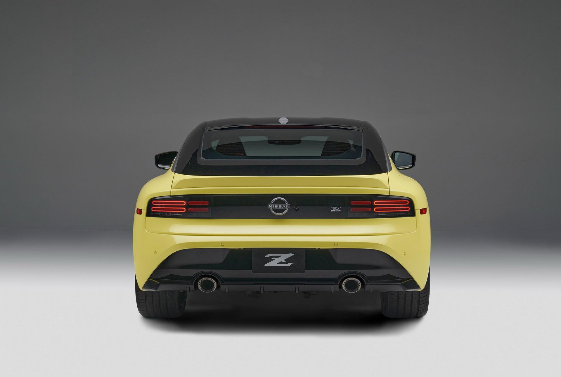 Nissan-Z-67