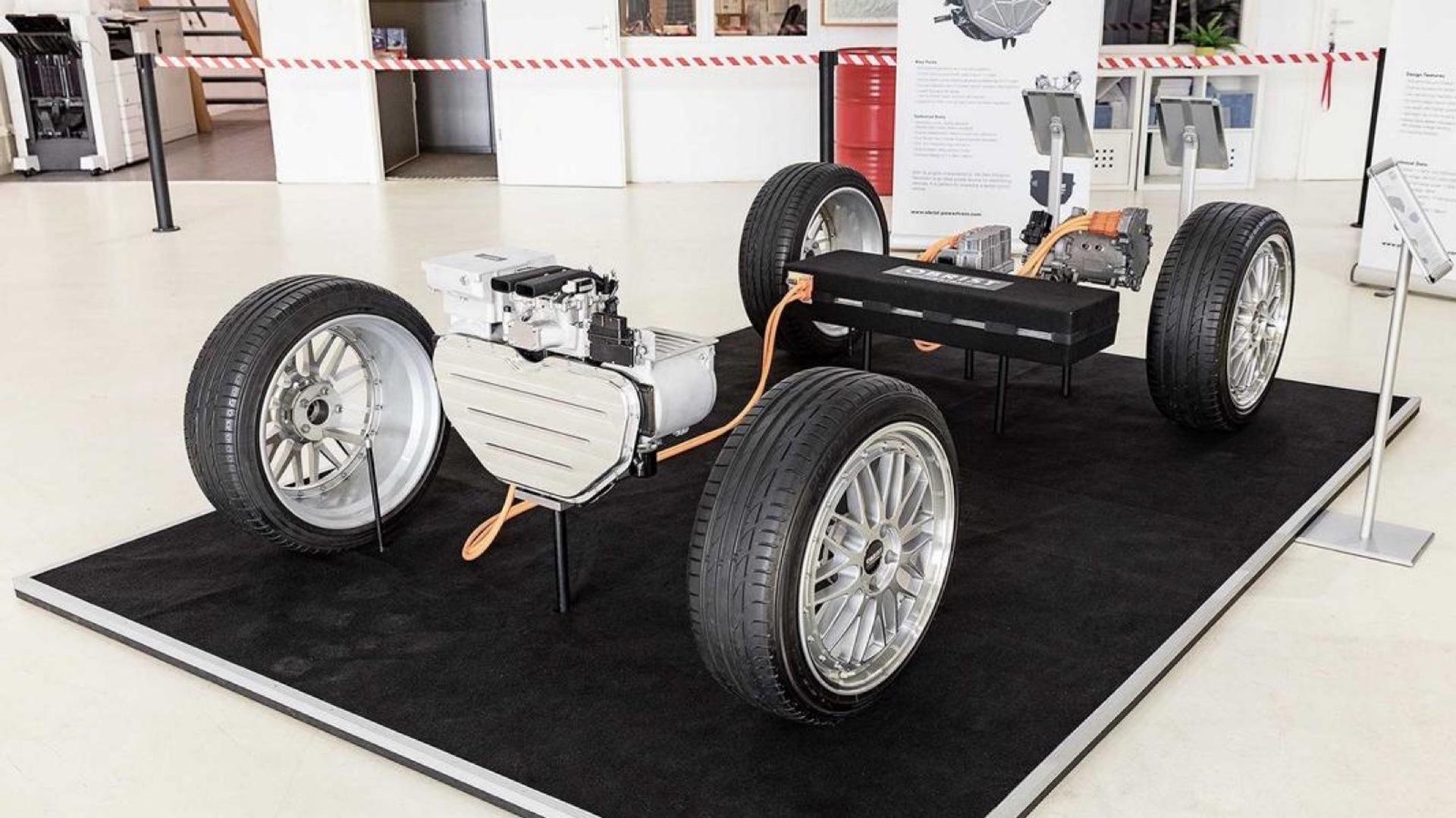 Obrist-Tesla-Model-3-0002