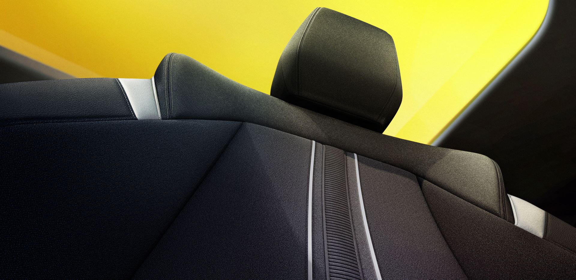 Opel-Astra-Teasers-4