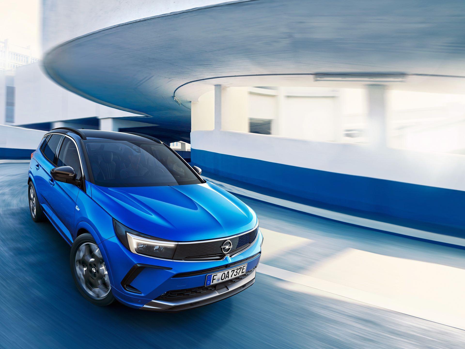 Opel-Grandland-hybrid-facelift-3