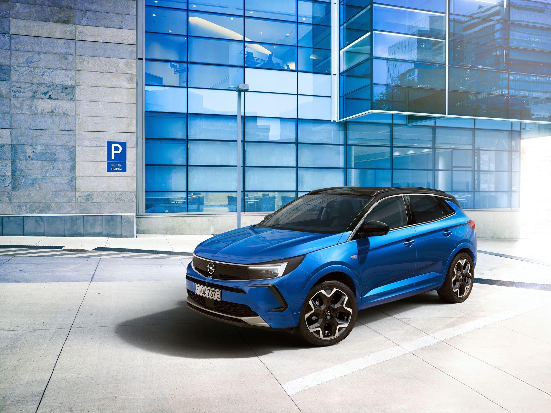 Opel-Grandland-hybrid-facelift-4