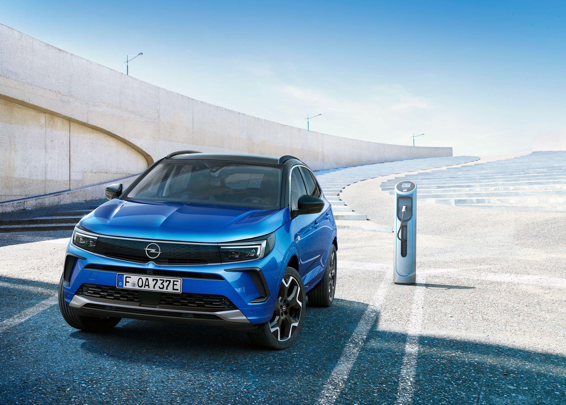 Opel-Grandland-hybrid-facelift-6