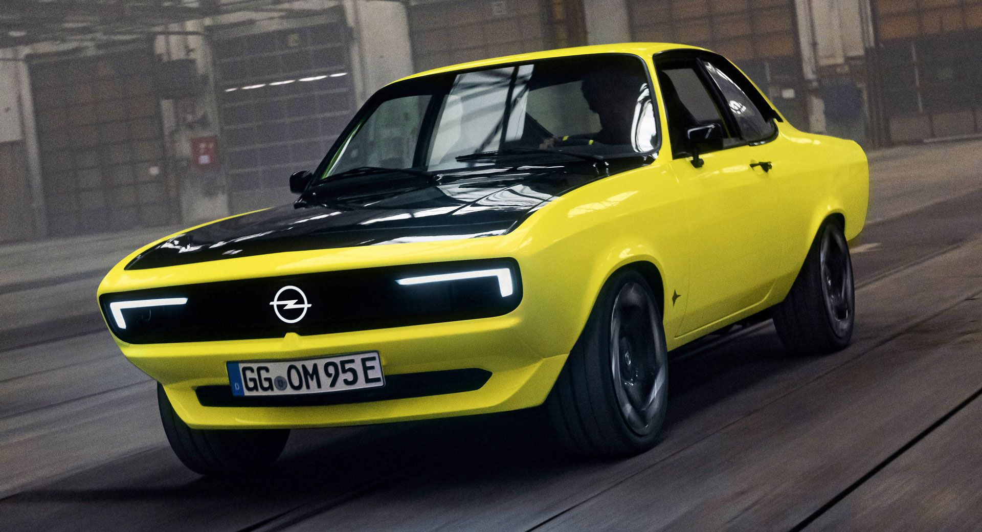 Opel-Manta-GSe-ElektroMOD-1