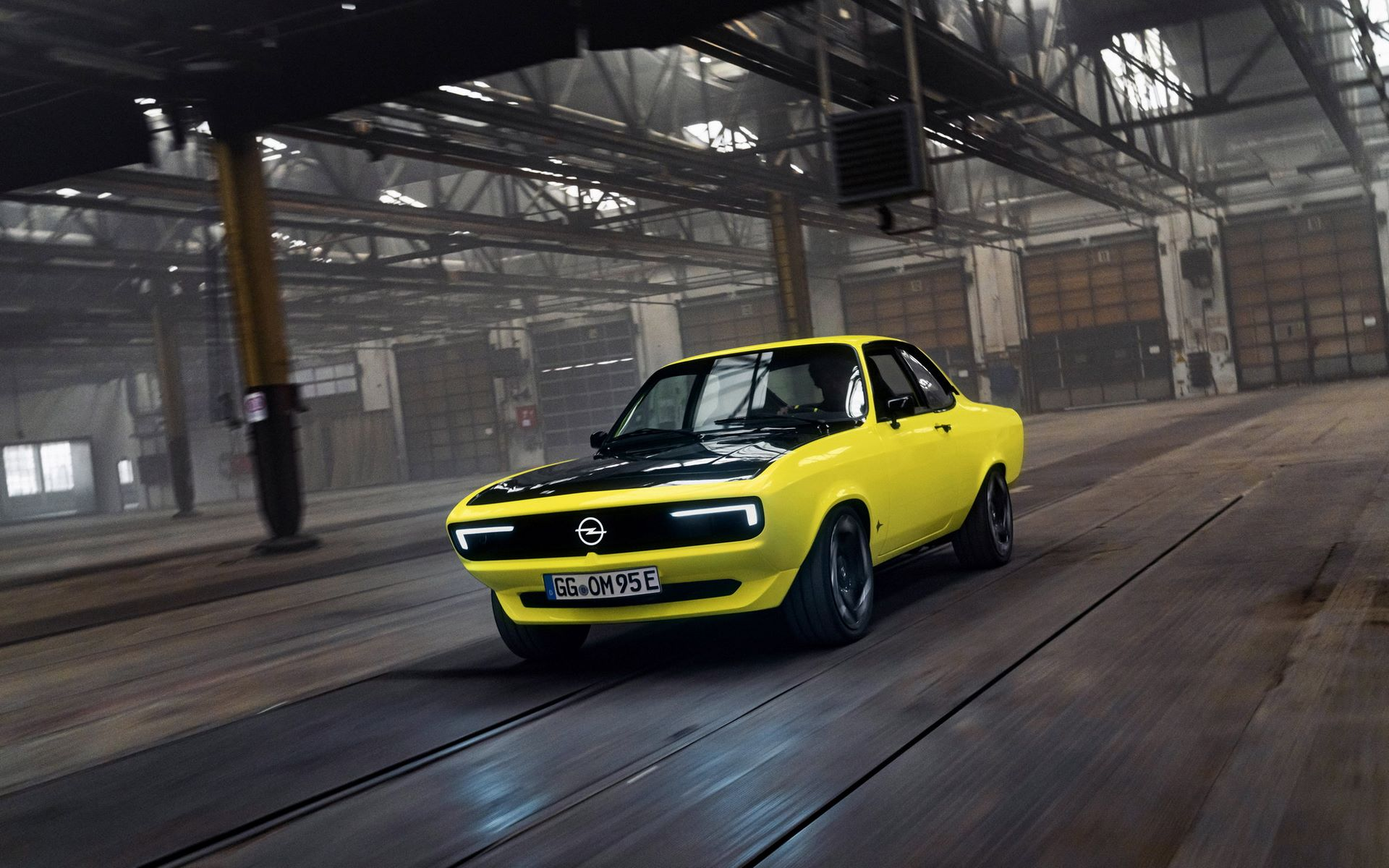 Opel-Manta-GSe-ElektroMOD-3