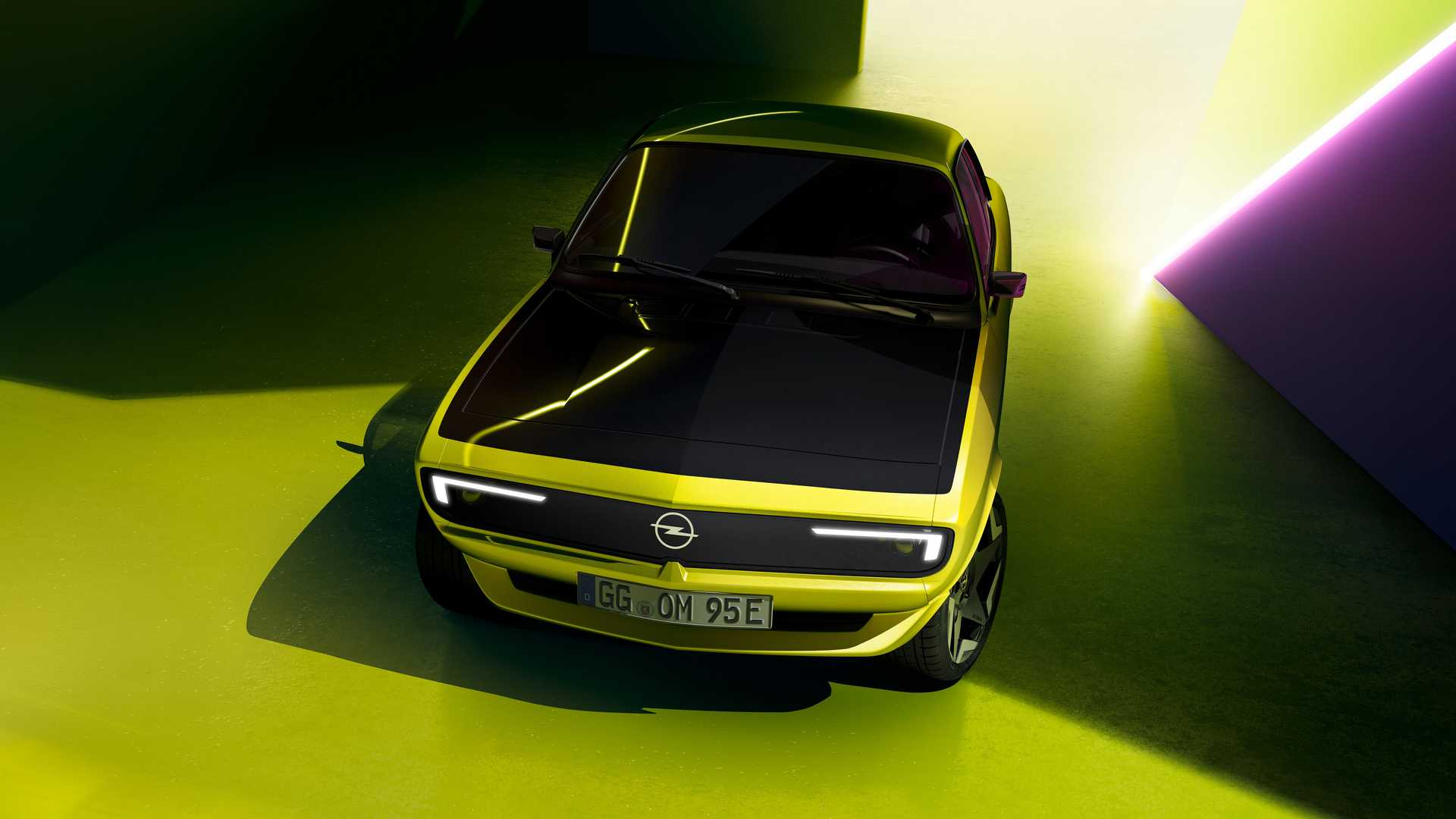 Opel-Manta-GSe-ElektroMOD-38