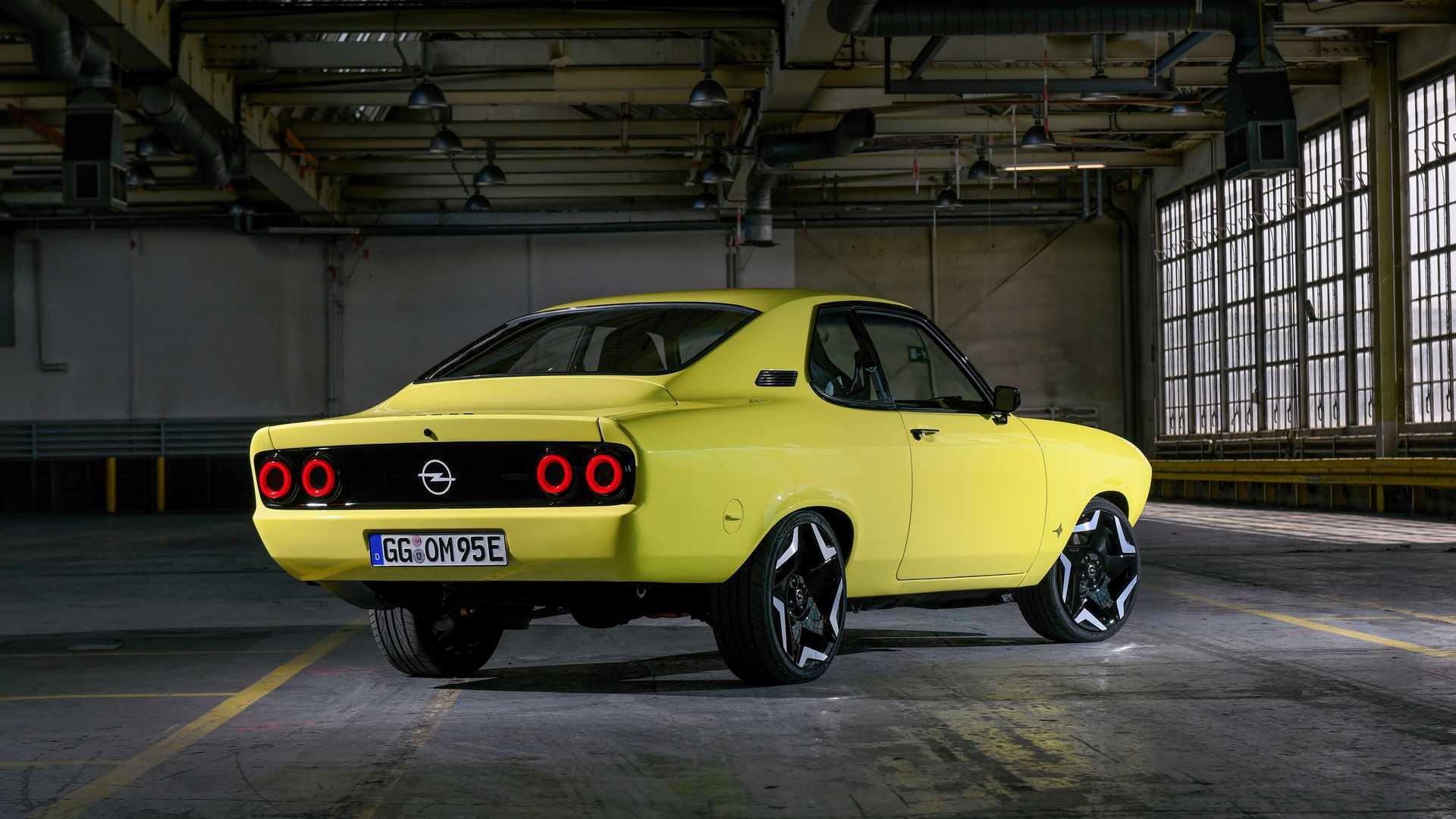 Opel-Manta-GSe-ElektroMOD-42