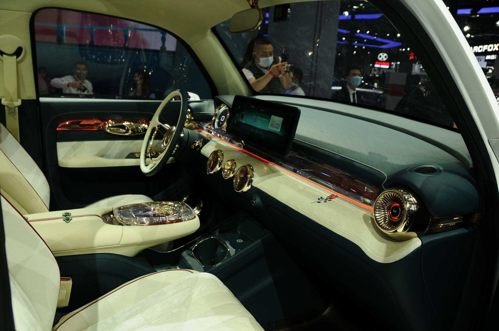 Ora-Punk-Car-16