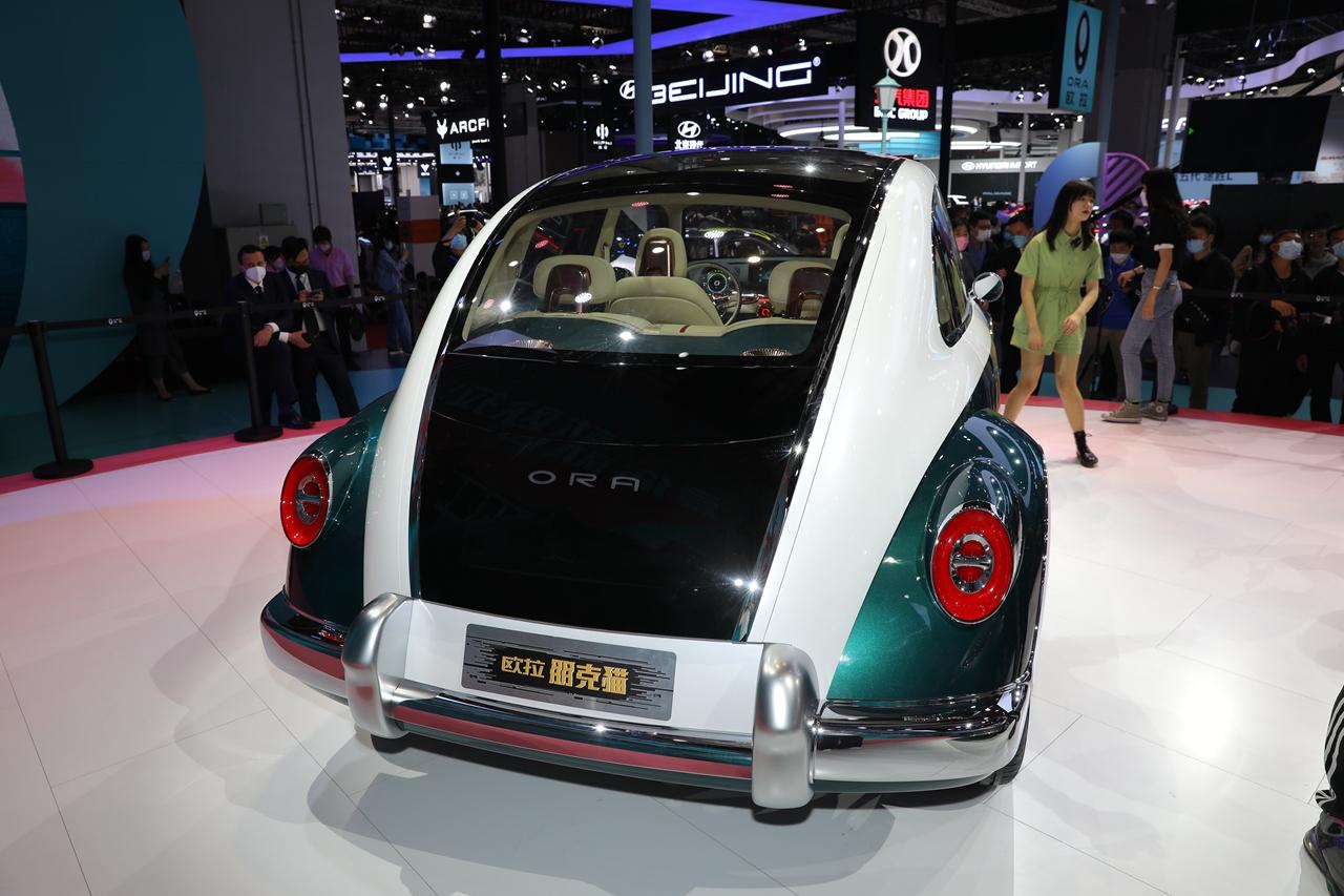 Ora-Punk-Car-5