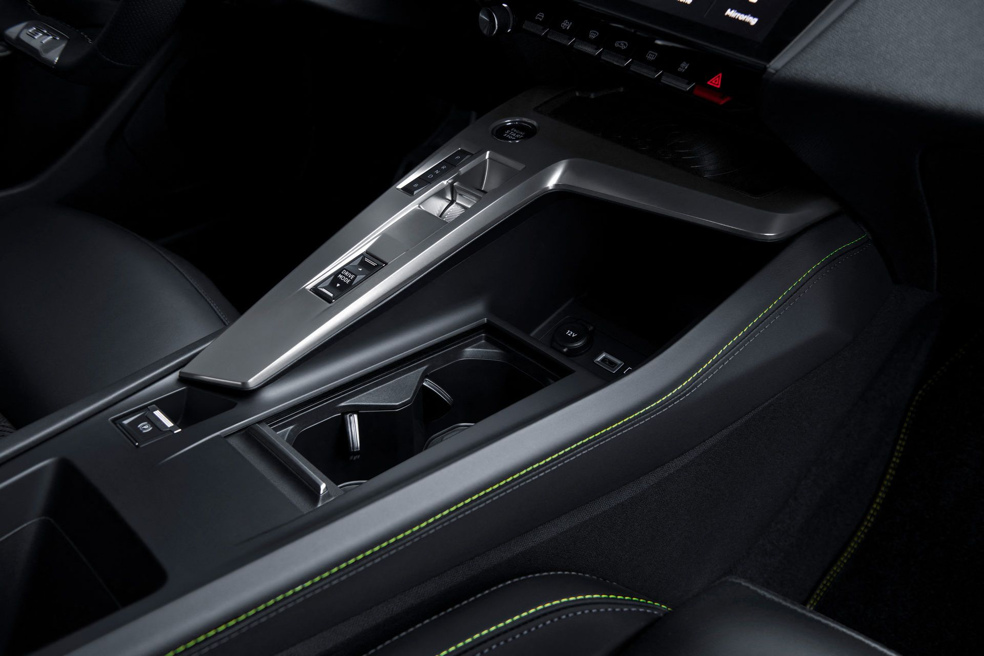 Peugeot-308-2021-77
