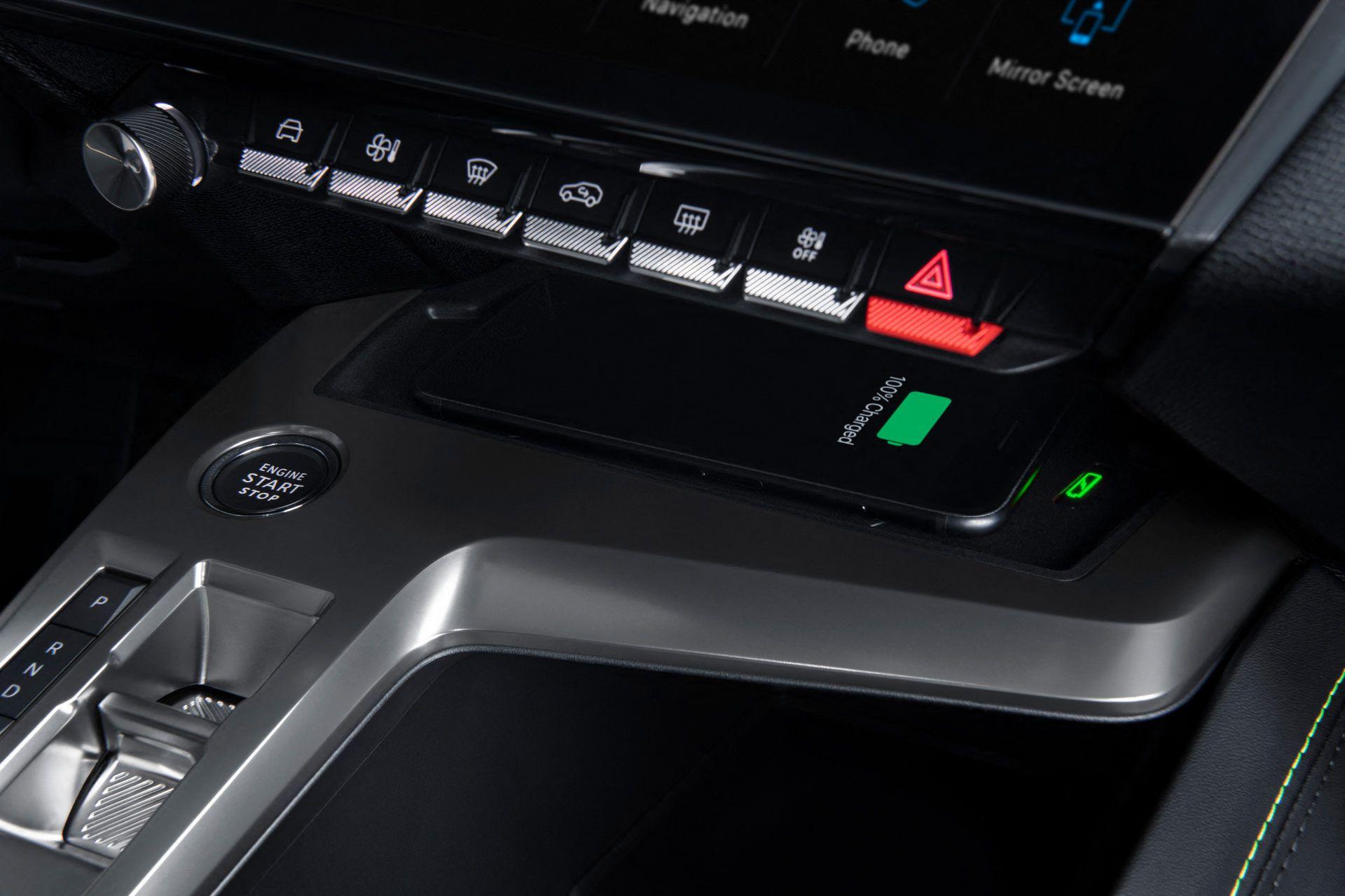 Peugeot-308-2021-87