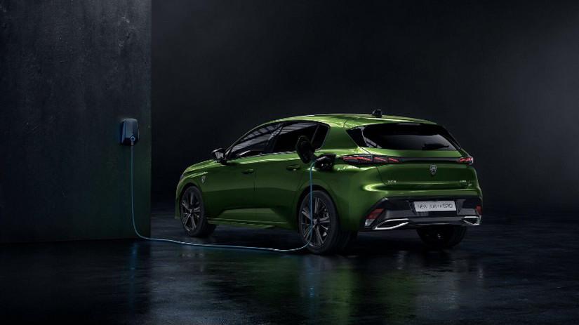 Peugeot-308-2021-6