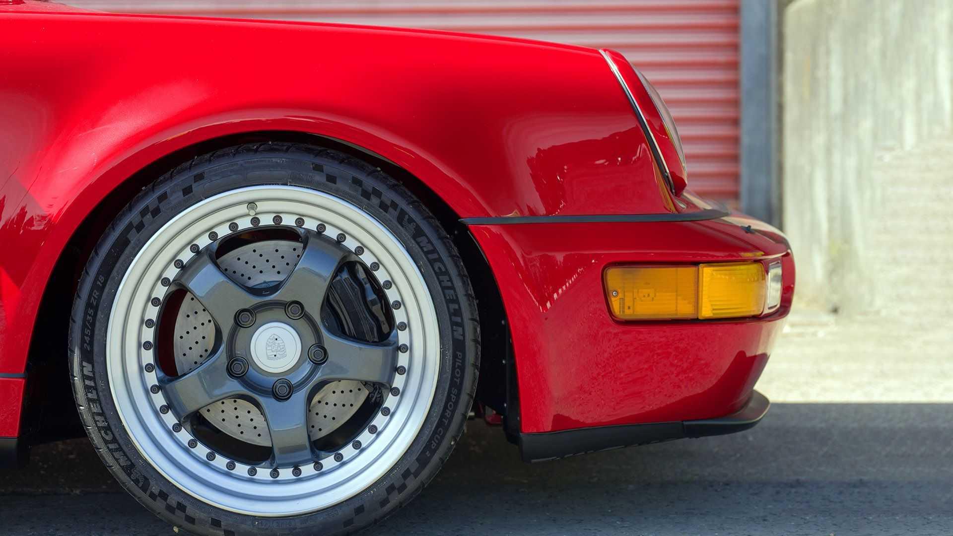 Porsche-911-964-EV-Restomod-6