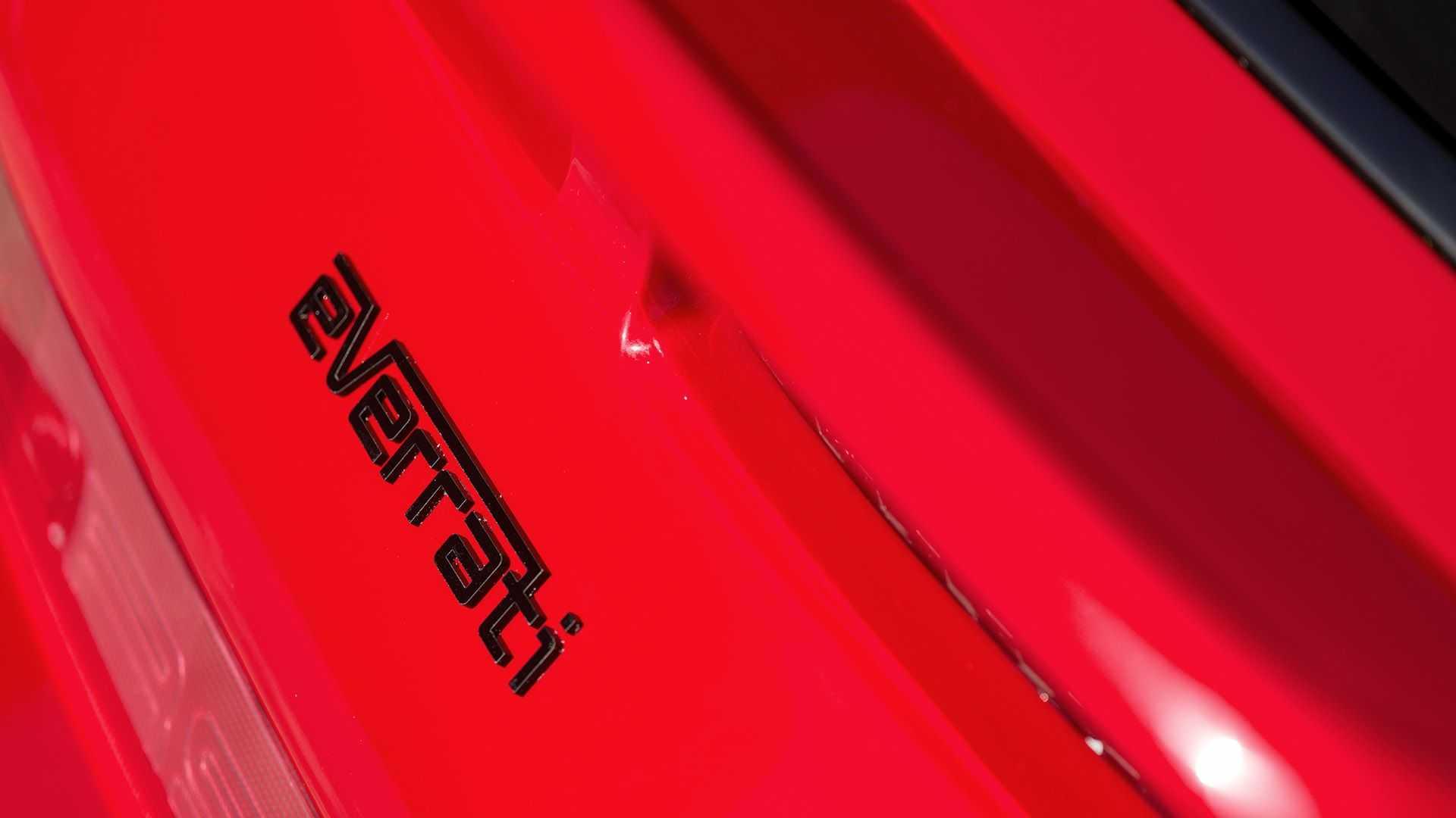 Porsche-911-964-EV-Restomod-8