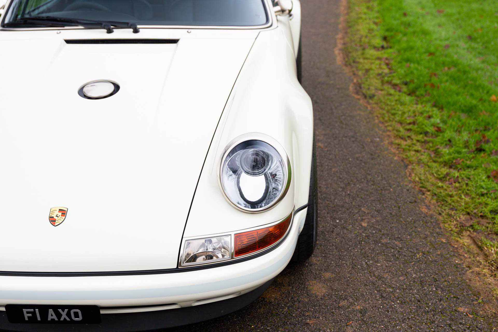 Porsche_911_by_Singer_Newcastle_Commission_0004
