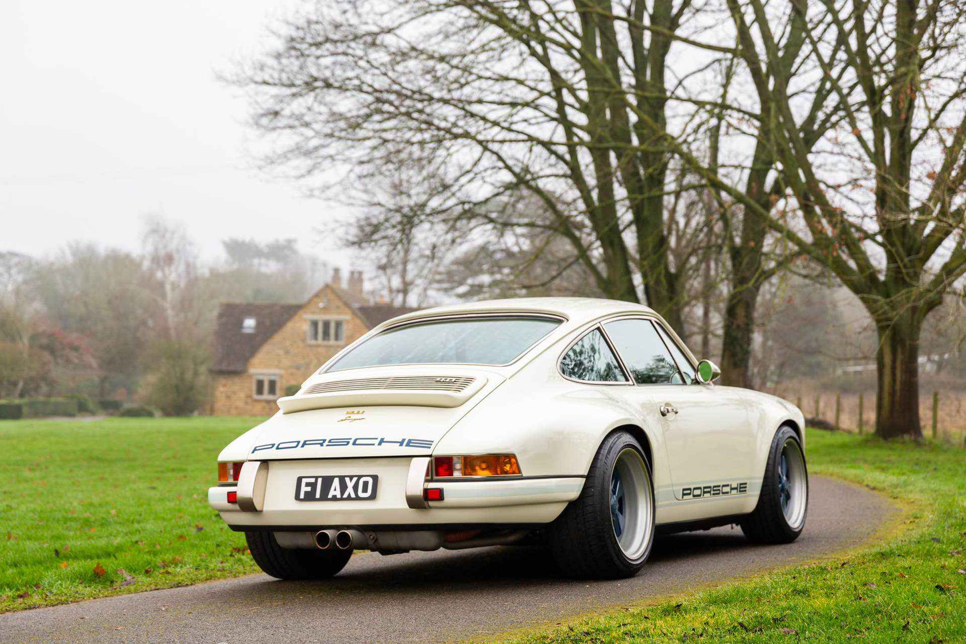 Porsche_911_by_Singer_Newcastle_Commission_0022