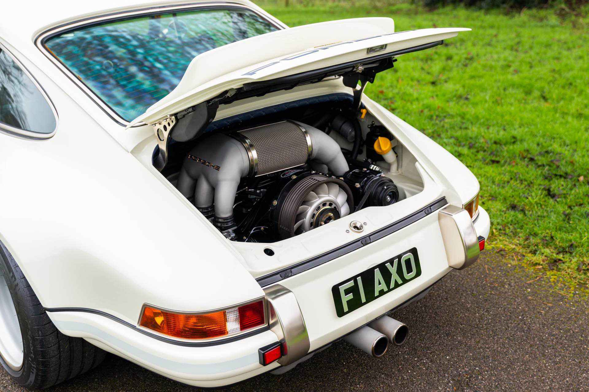 Porsche_911_by_Singer_Newcastle_Commission_0061