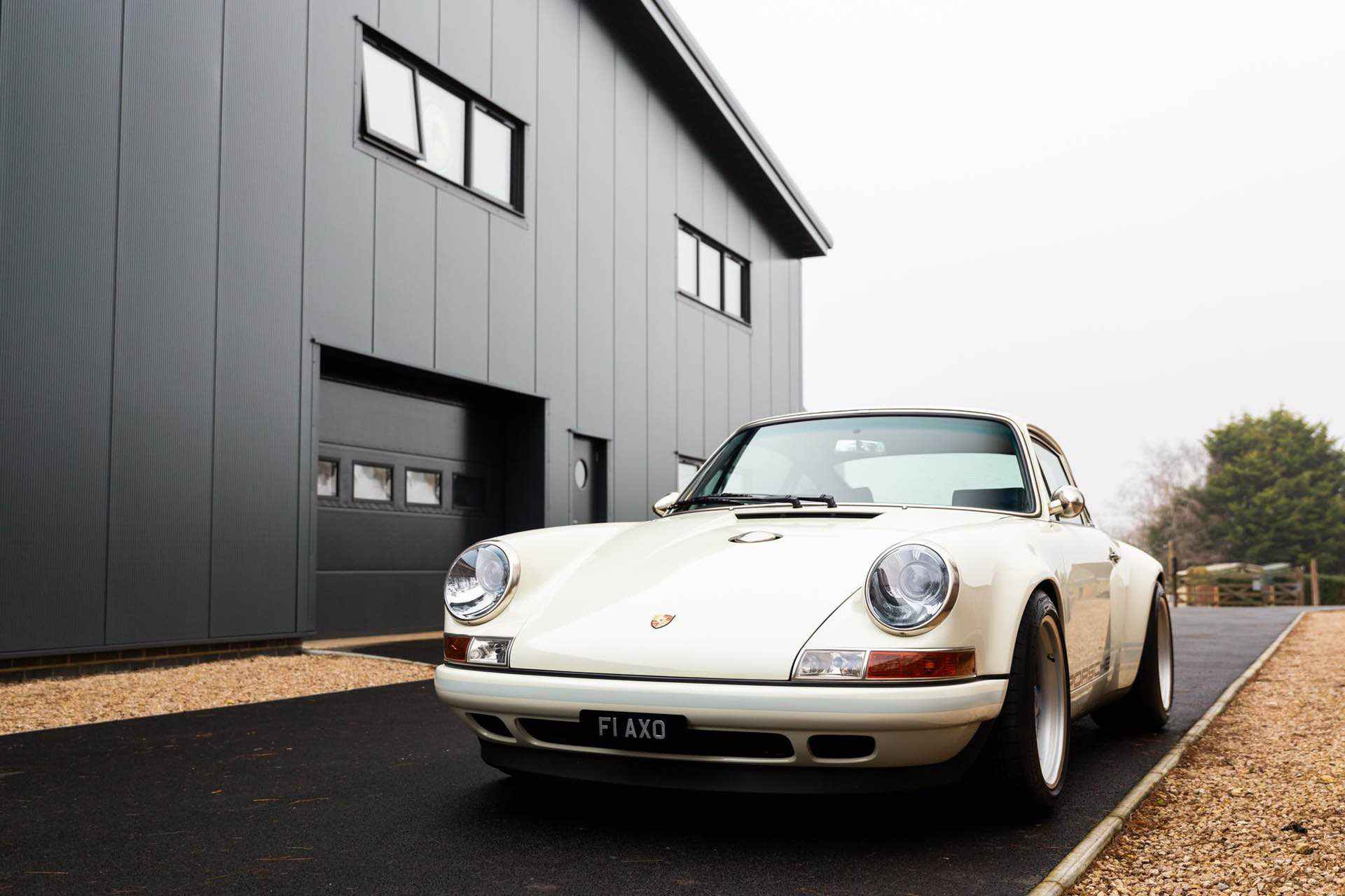 Porsche_911_by_Singer_Newcastle_Commission_0073
