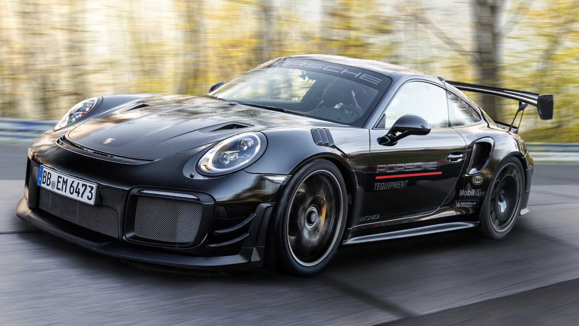 Porsche-911-GT2-RS-Manthey-Performance-Kit-Nurburgring-Record-24