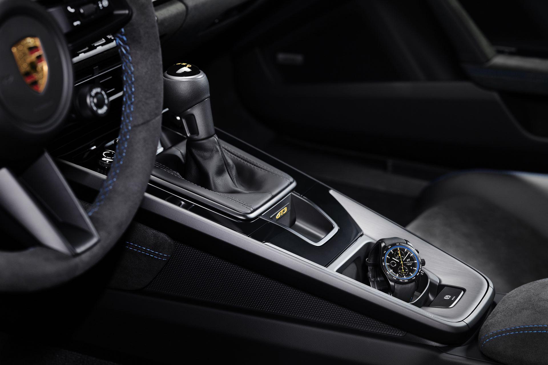 Porsche-911-GT3-2021-12
