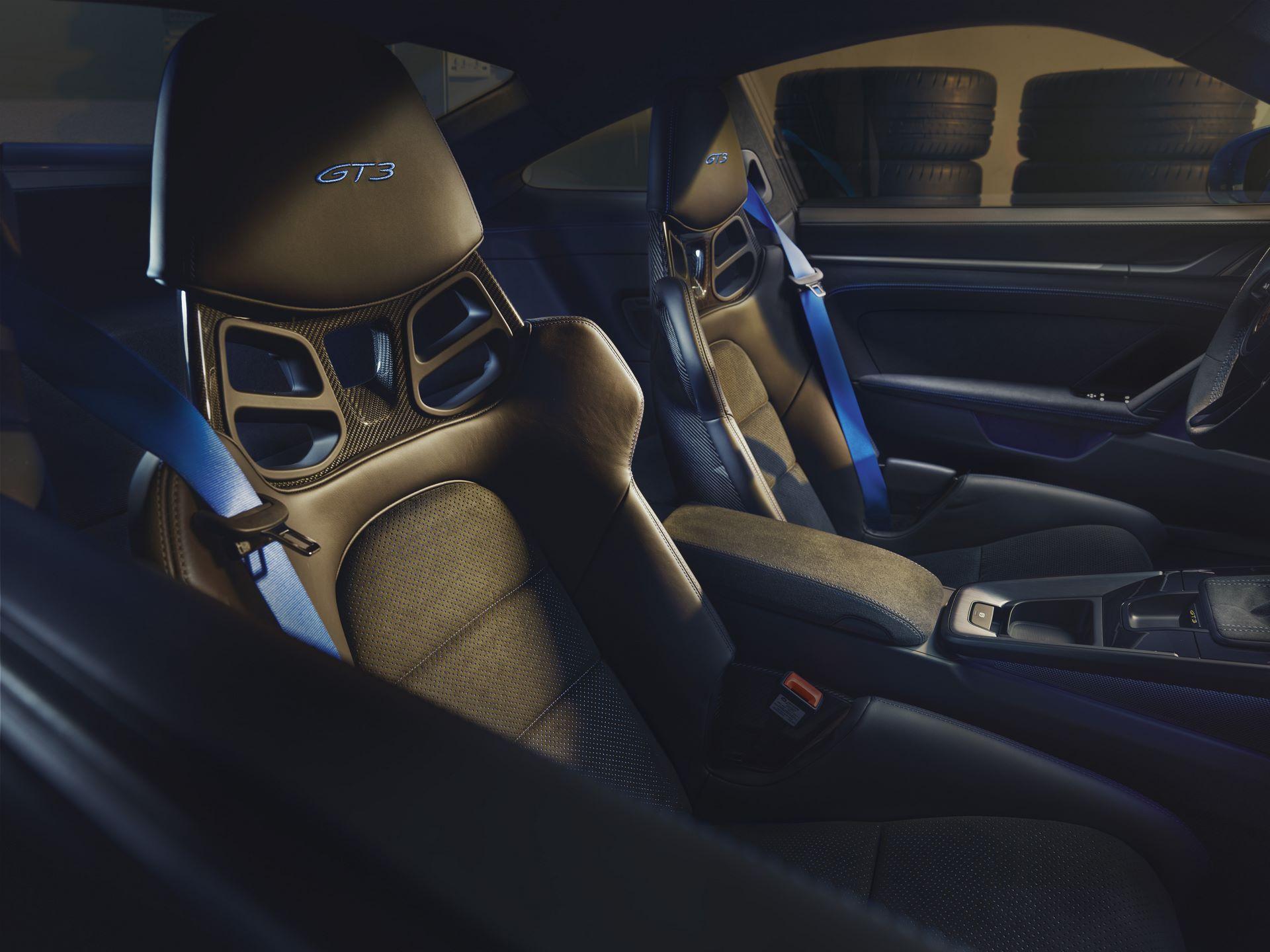 Porsche-911-GT3-2021-2