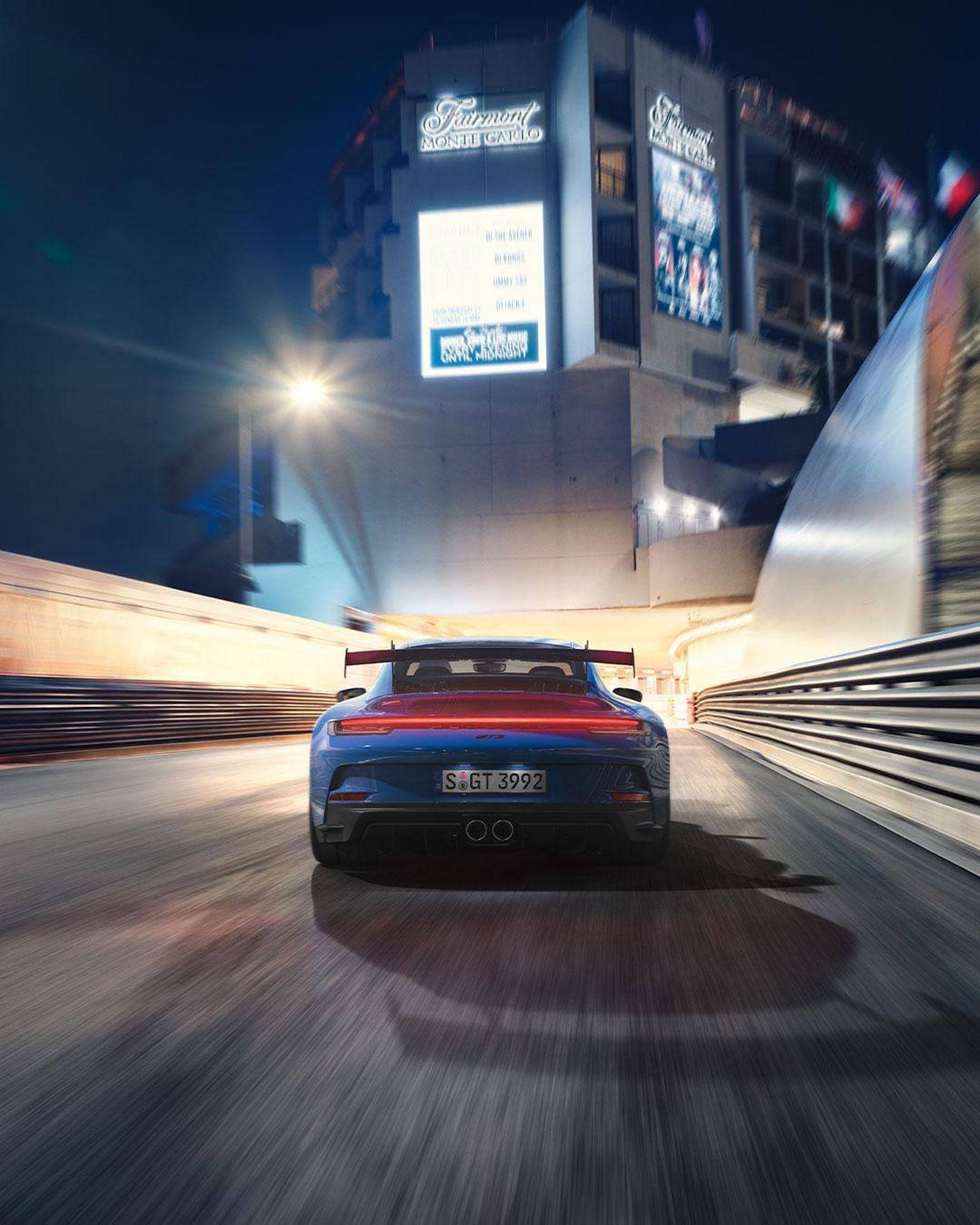 Porsche-911-GT3-2021-27