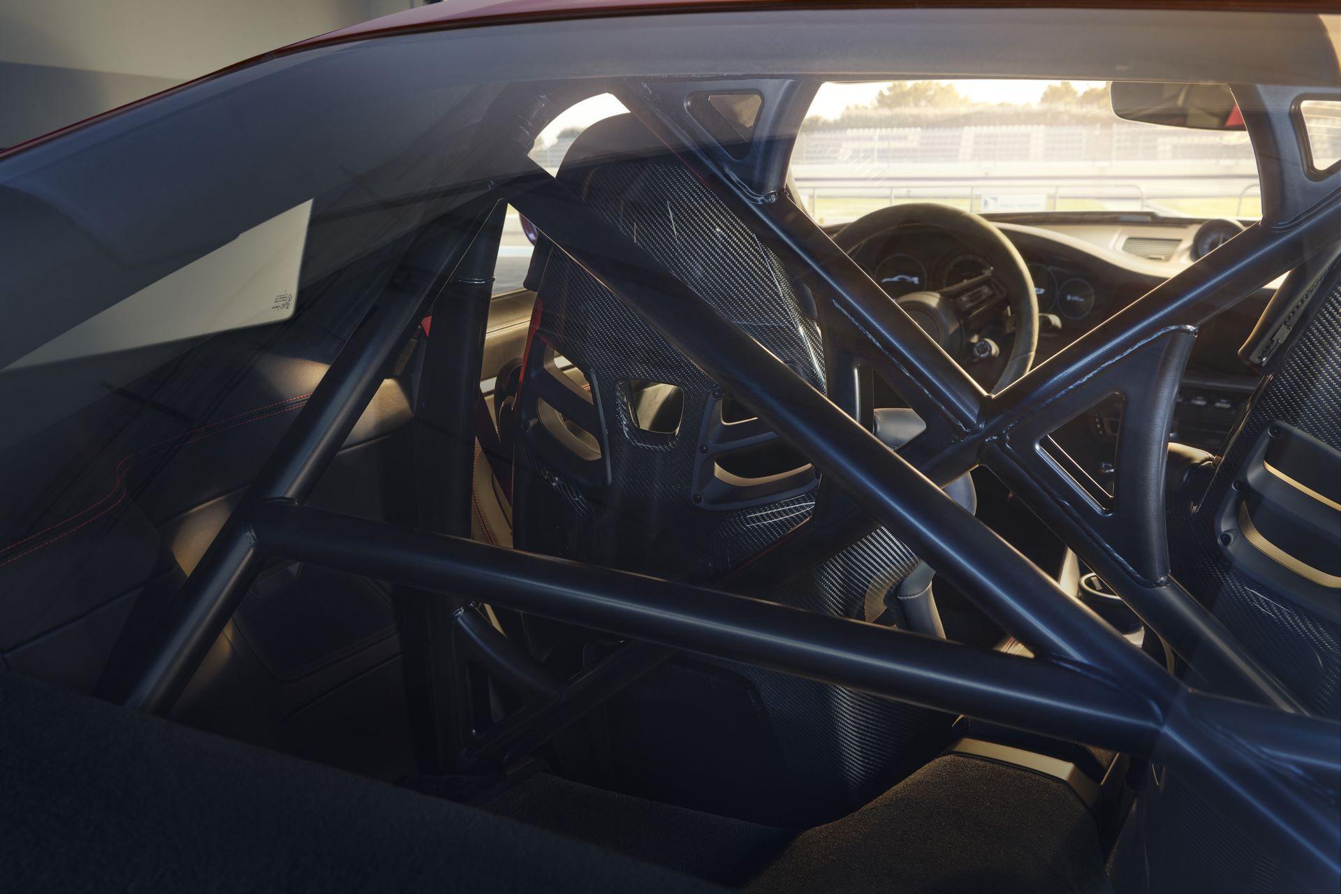 Porsche-911-GT3-2021-3