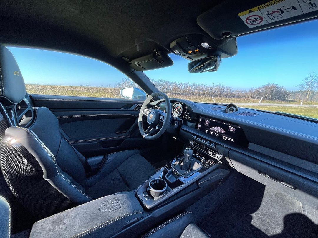 Porsche-911-GT3-Lamborghini-Color-10