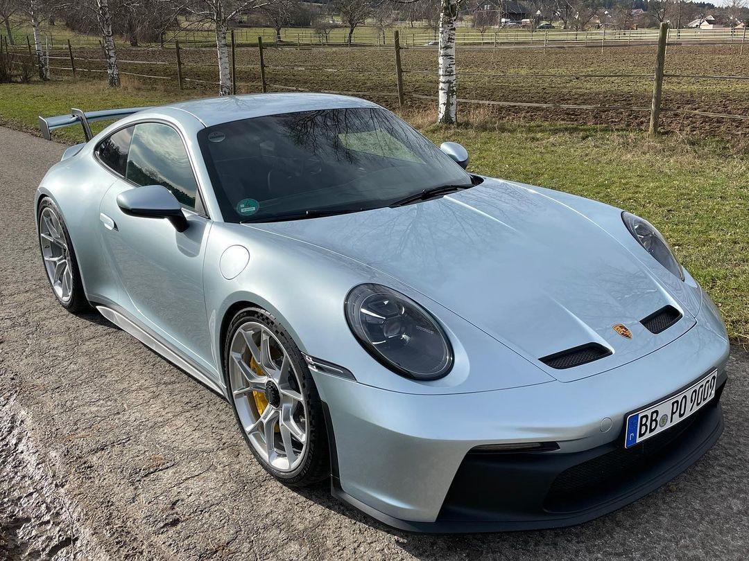 Porsche-911-GT3-Lamborghini-Color-4