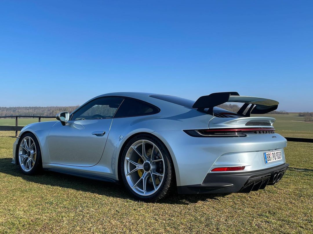 Porsche-911-GT3-Lamborghini-Color-5