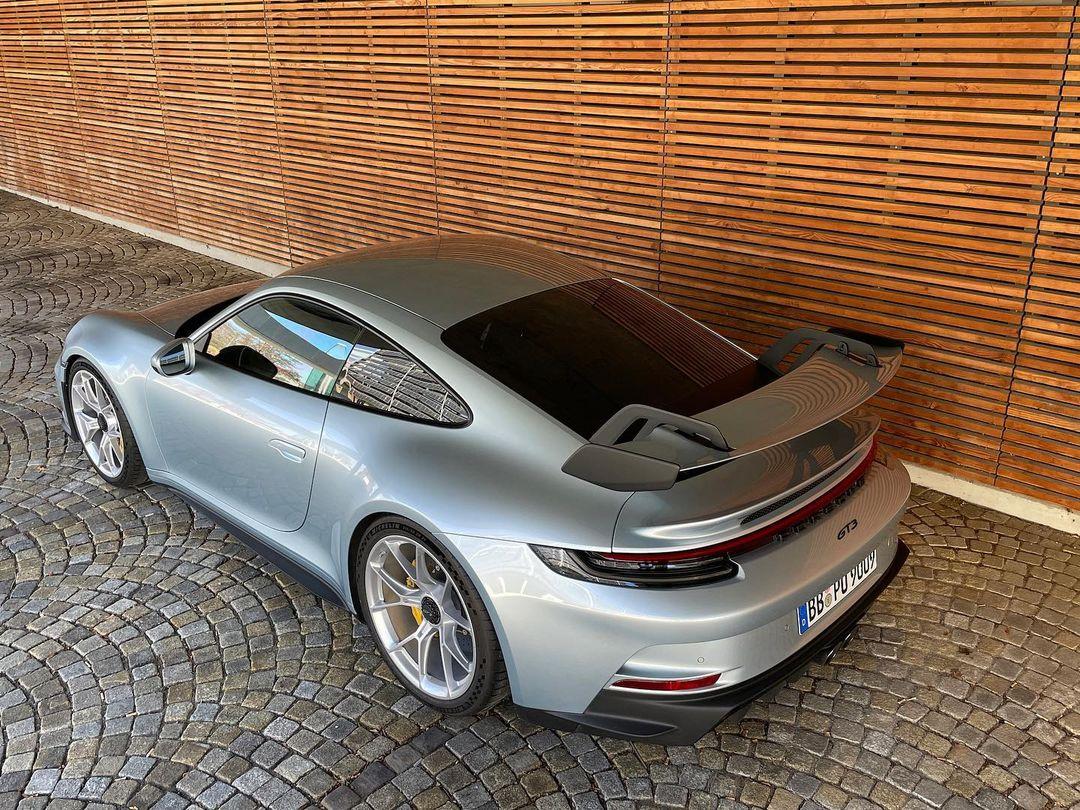 Porsche-911-GT3-Lamborghini-Color-8