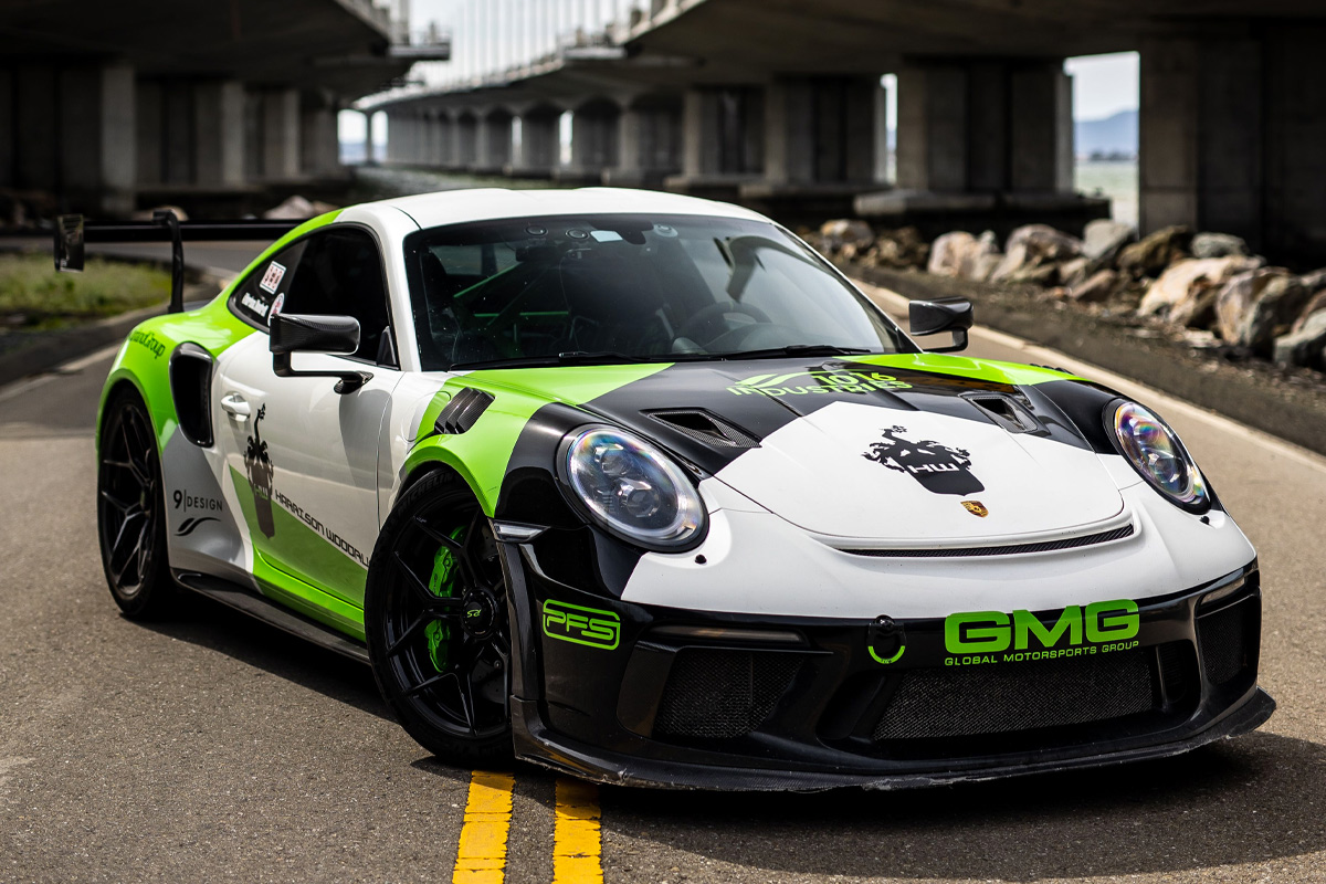 Porsche-911-GT3-RS-1016-Industries-1